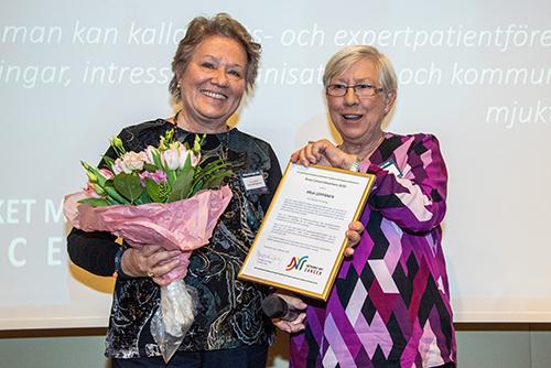 Arja Leppänen från Eskilstuna utsågs till Årets Cancernätverkare.
