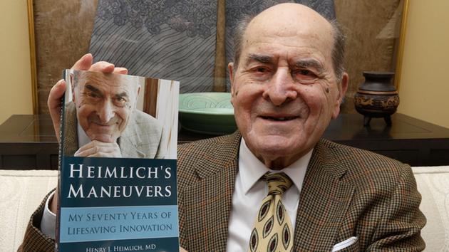 Läkaren Henry Heimlich blev känd under 1970-talet för sin Heimlichmanöver, en teknik som räddar liv på människor som satt i halsen.