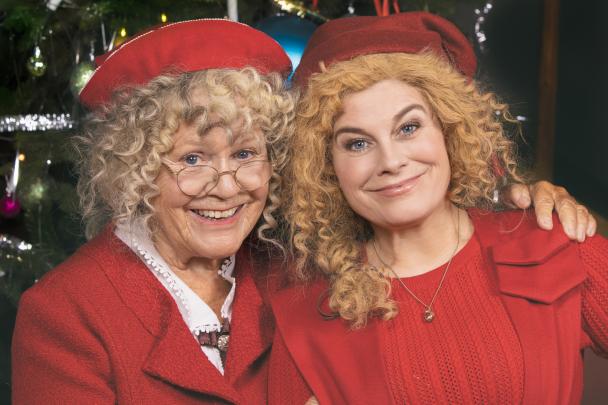I år blir den traditionella julkalendern i SVT en familjeangelägenhet då mor och dotter båda medverkar. Foto: Ulrika Malm /SVT
