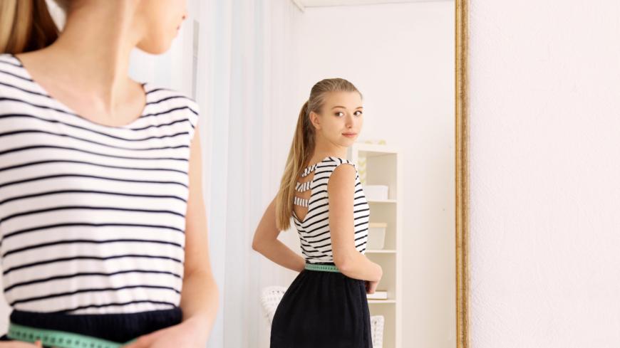 första tecken på anorexia