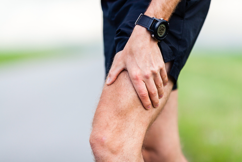 Det går att vara fysiskt aktiv även med artros, det viktigaste är att sluta med fysisk aktivitet och blir stillasittande då det kan förvärra stelhet i lederna.