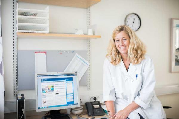 Cecilia Gunnarsson, verksamhetschef för Centrum för sällsynta diagnoser (CSD) Sydöst.