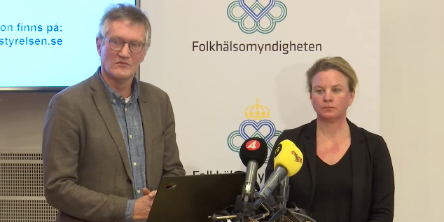 Anders Tegnell, statsepidemiolog och  Johanna Sandwall, krisberedskapschef på Socialstyrelsen på presskonferens om coronavirus covid-19.