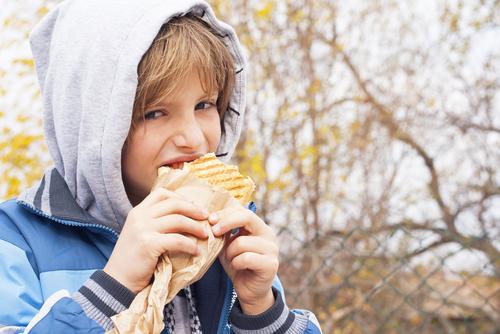 Glutenintolerans har visat sig drabbar barn allt högre upp i åldrarna.