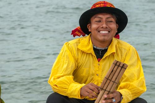 Gör som latinamerikanerna, fokusera på det positiva i livet så uppskattar du livet mer. Foto: ChicagoStockPhotography / Shutterstock.com