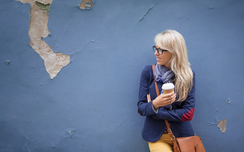 Stora mängder kaffe och stress kan orsaka IBS. För många är det dessutom jobbigt att ständigt vara på jakt efter en toalett.