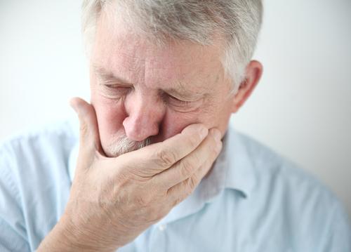 Vinterkräksjuka börjar plötsligt med kräkningar, diarréer och magsmärtor.