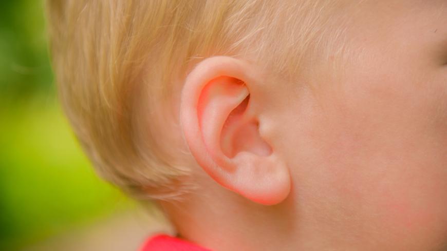 blod i örat vid öroninflammation