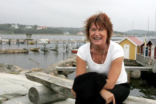 Efter 35 år har Birgitta äntligen fått hjälp av biologisk behandling. För första gången kan hon nu fullt ut njuta av sitt havsnära paradis på Särö.