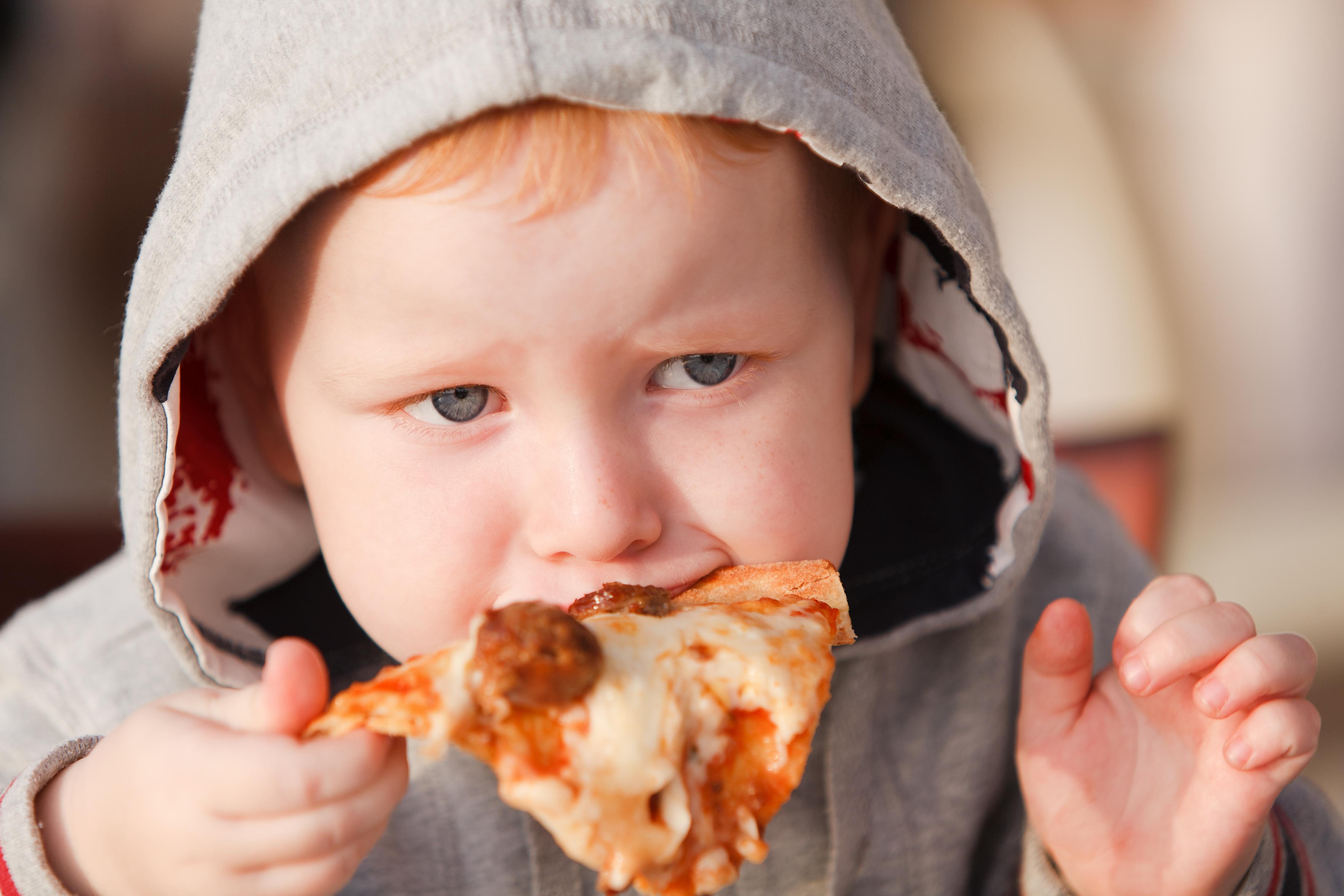 Tendensen är glasklar, övervikt och fetma kryper allt längre ner i åldrarna.