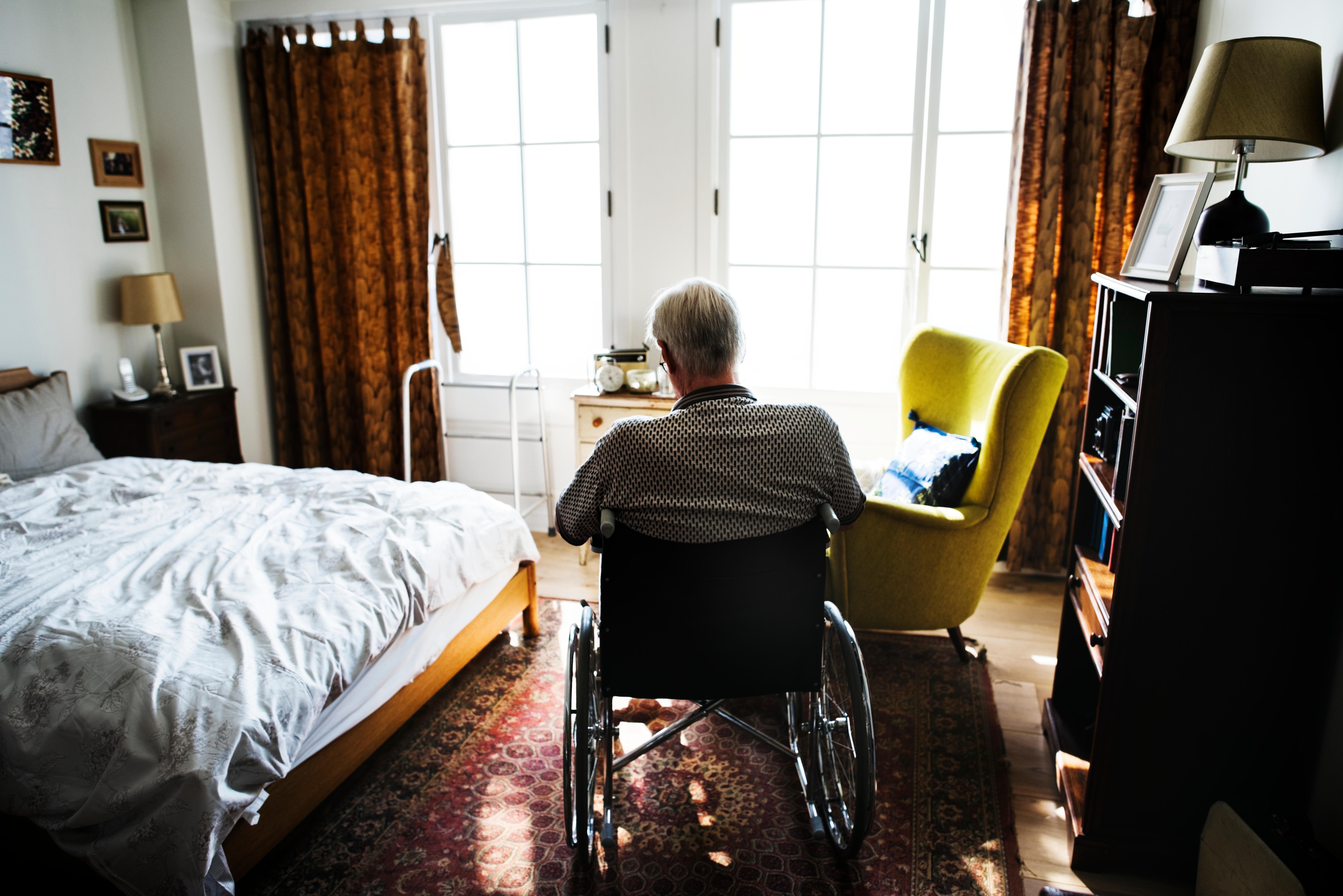 Bland män över 84 år är självmordsantalet dubbelt så högt som bland män i övriga befolkningen