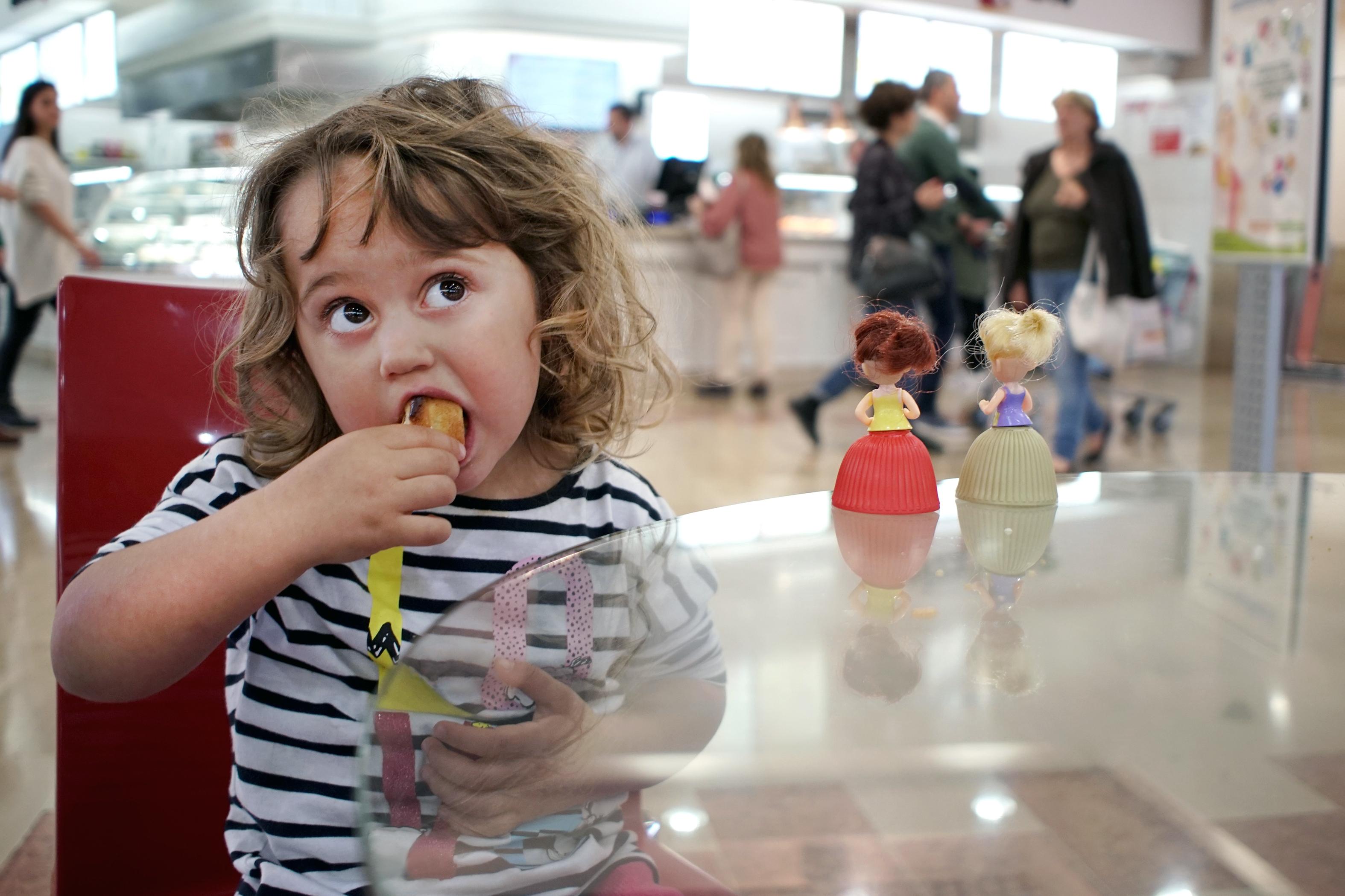 Springmask är en tarmparasit som drabbar både vuxna och barn men är vanligast hos barn.