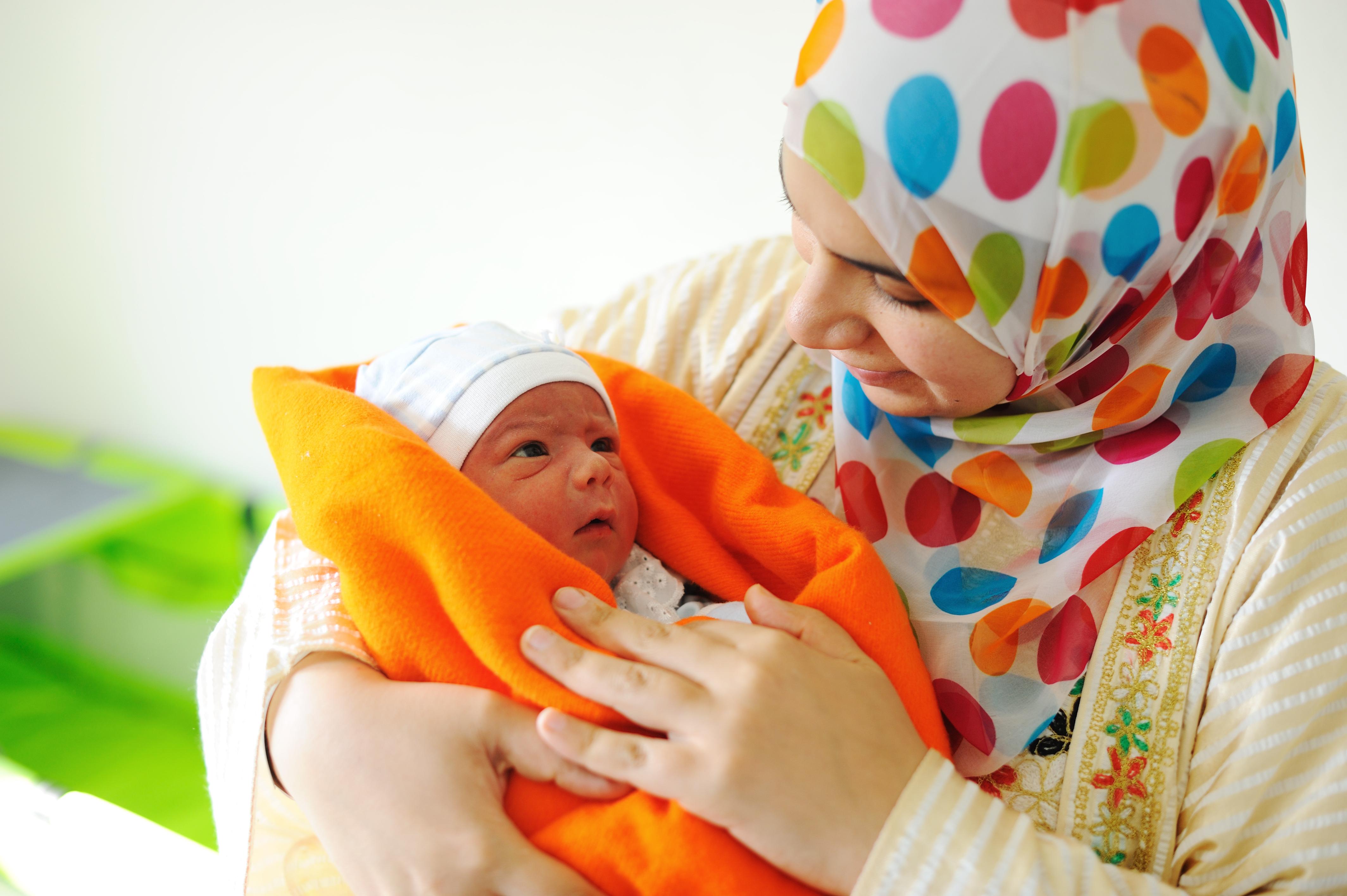 Studien tyder på att beröring är något som både prioriteras och är väldigt viktigt för nyfödda.