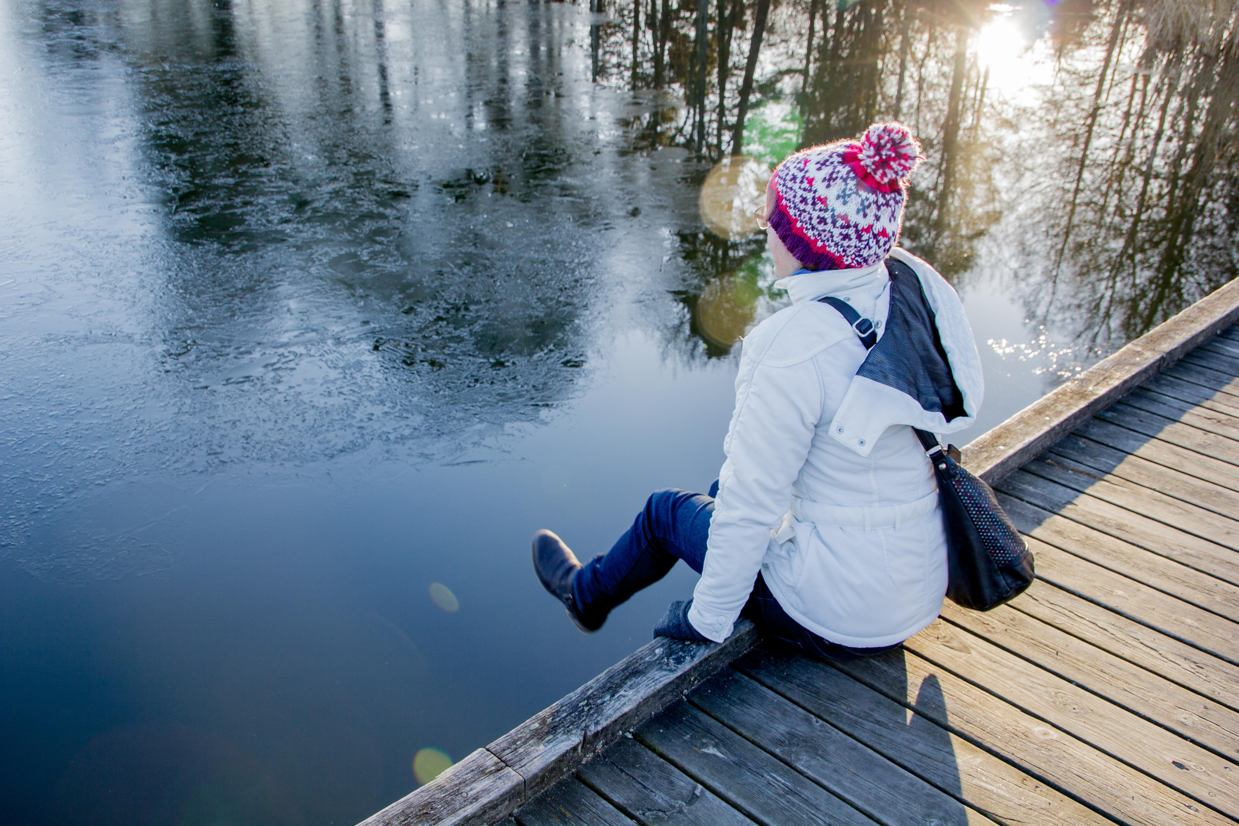 Under vinterhalvåret är det svårt i Sverige att få tillräckligt med solljus och det kan vara nödvändigt att äta kosttillskott.