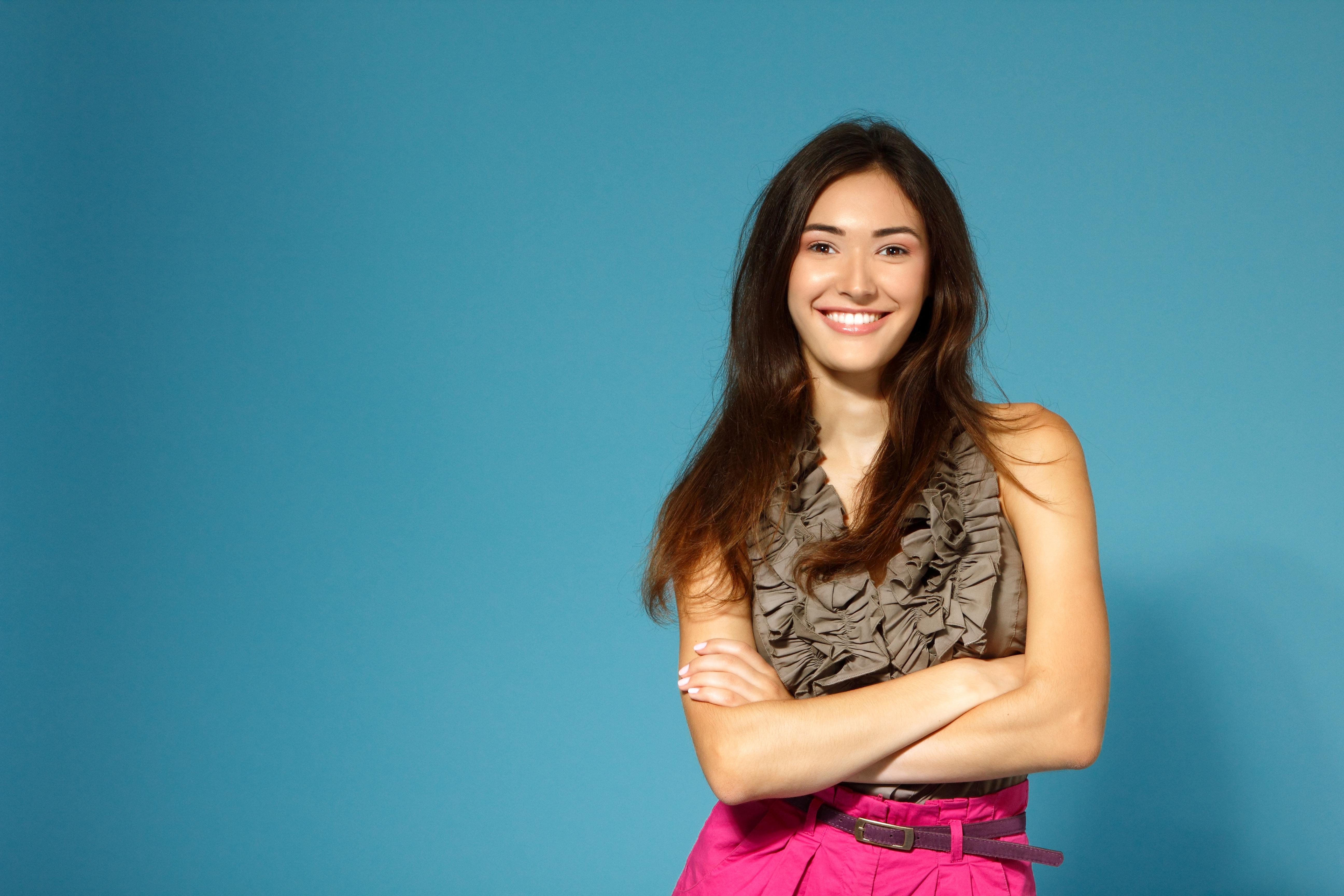 Genom att undvika direkt kända riskfaktorer kan man själv grunda för ett vitare leende.
