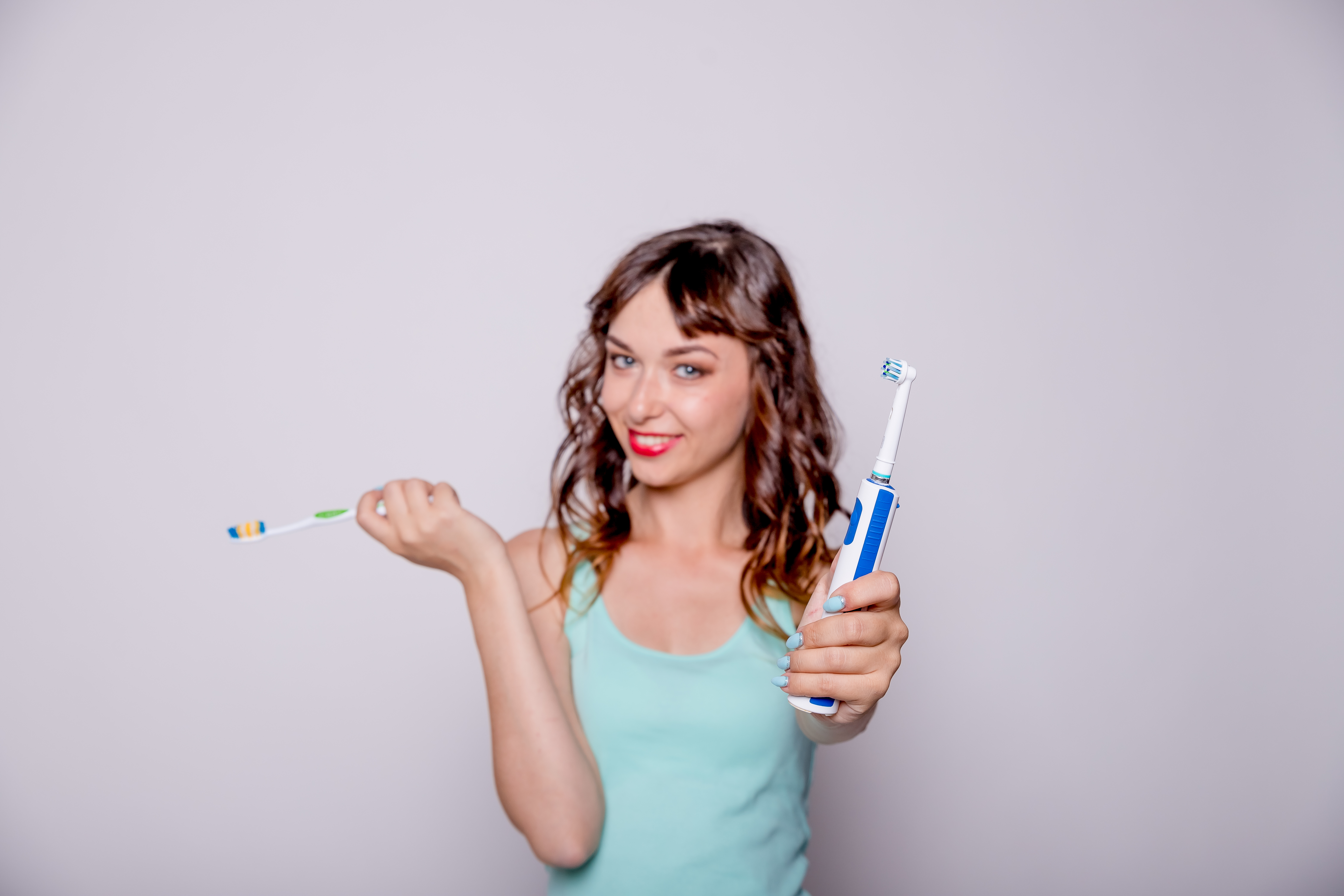 Bytt ut din gamla traditionella tandborste mot en eltandborste? Få maximal effekt genom att lära dig använda den rätt!