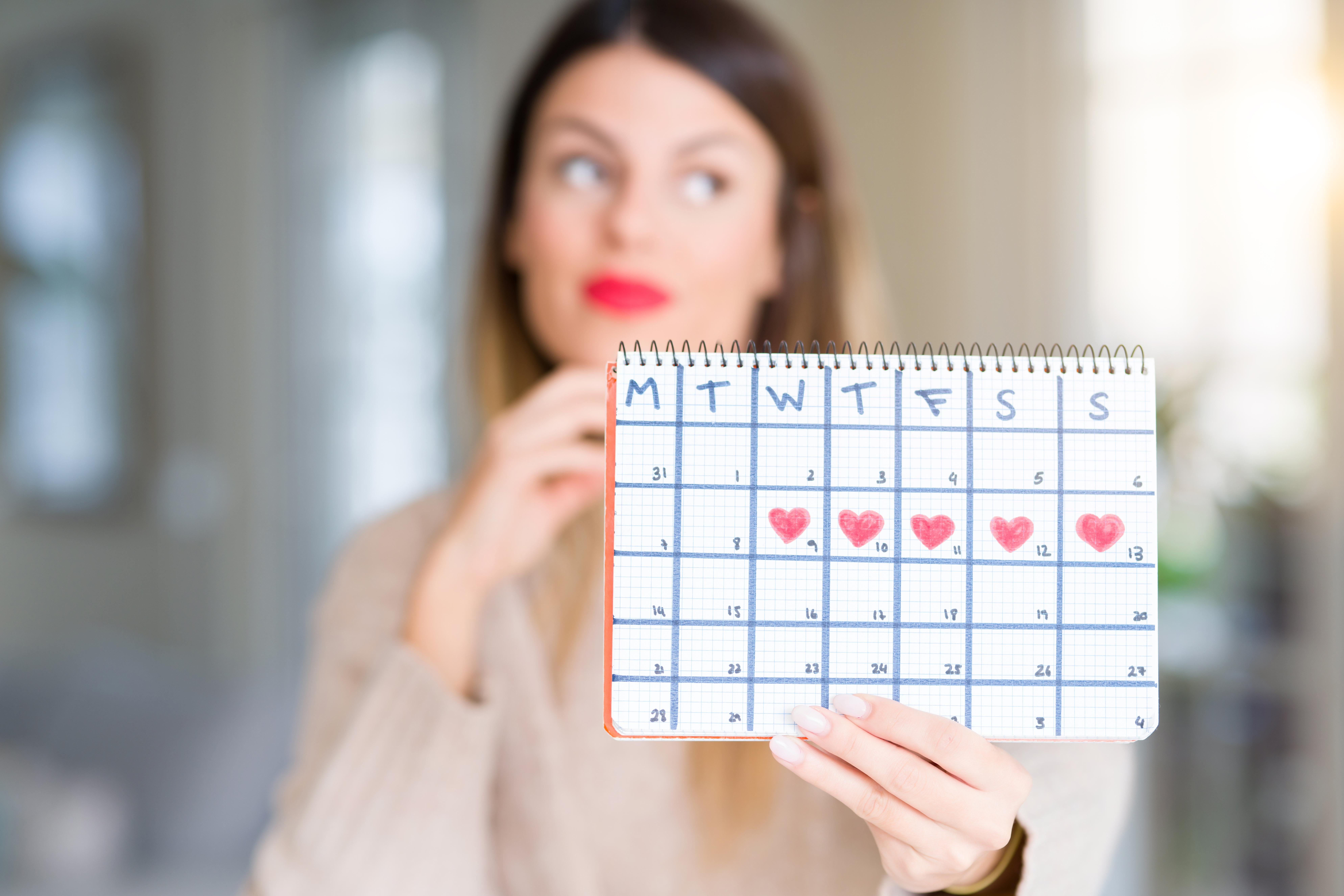 Mensen brukar hålla i sig mellan 3 dagar upp till cirka en vecka, i snitt 5 dagar.
