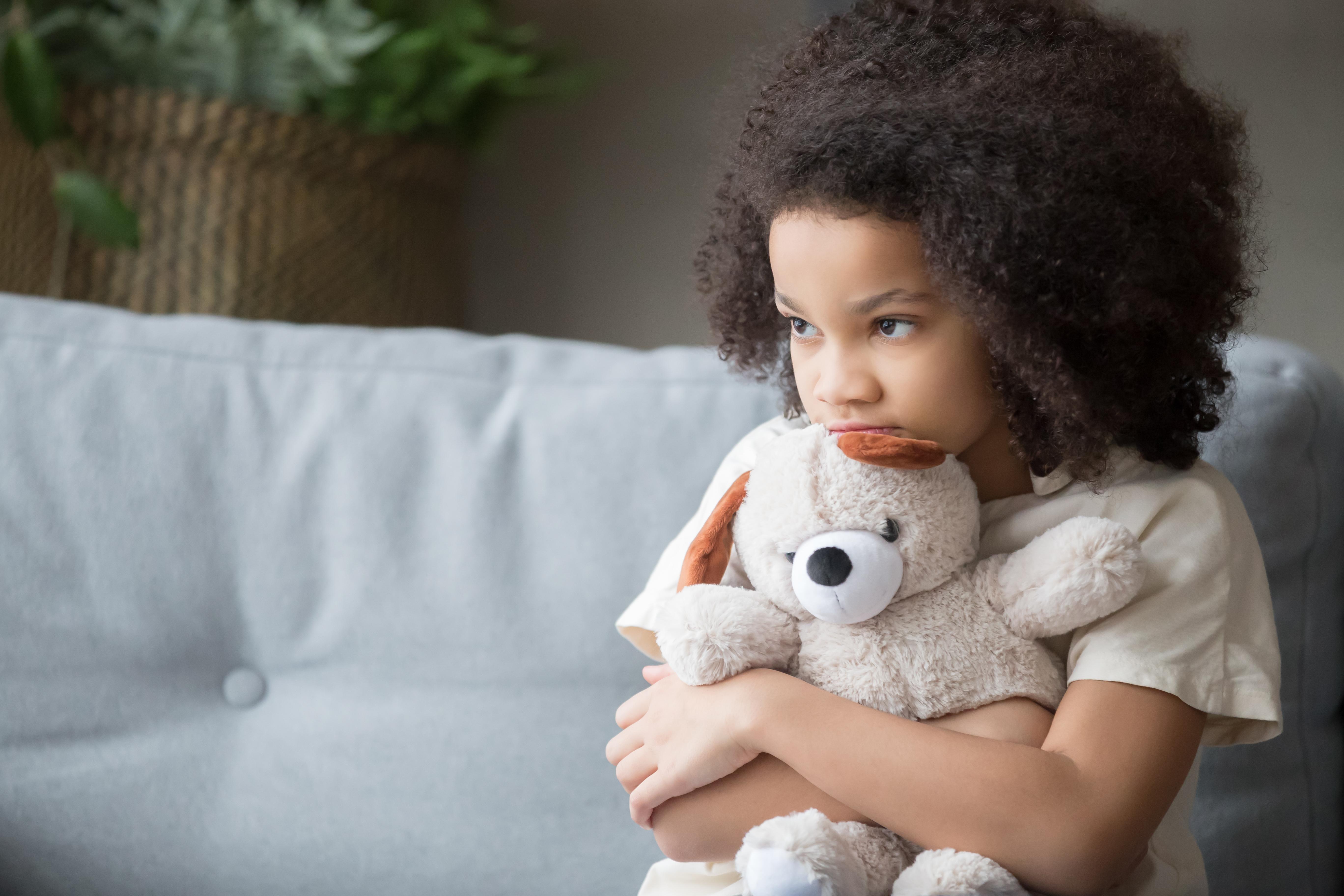 Det viktigaste du kan göra som vuxen är att trygga, lugna och stärka barnets känsla av kontroll - ta reda på vad just ditt barn vet och behöver.