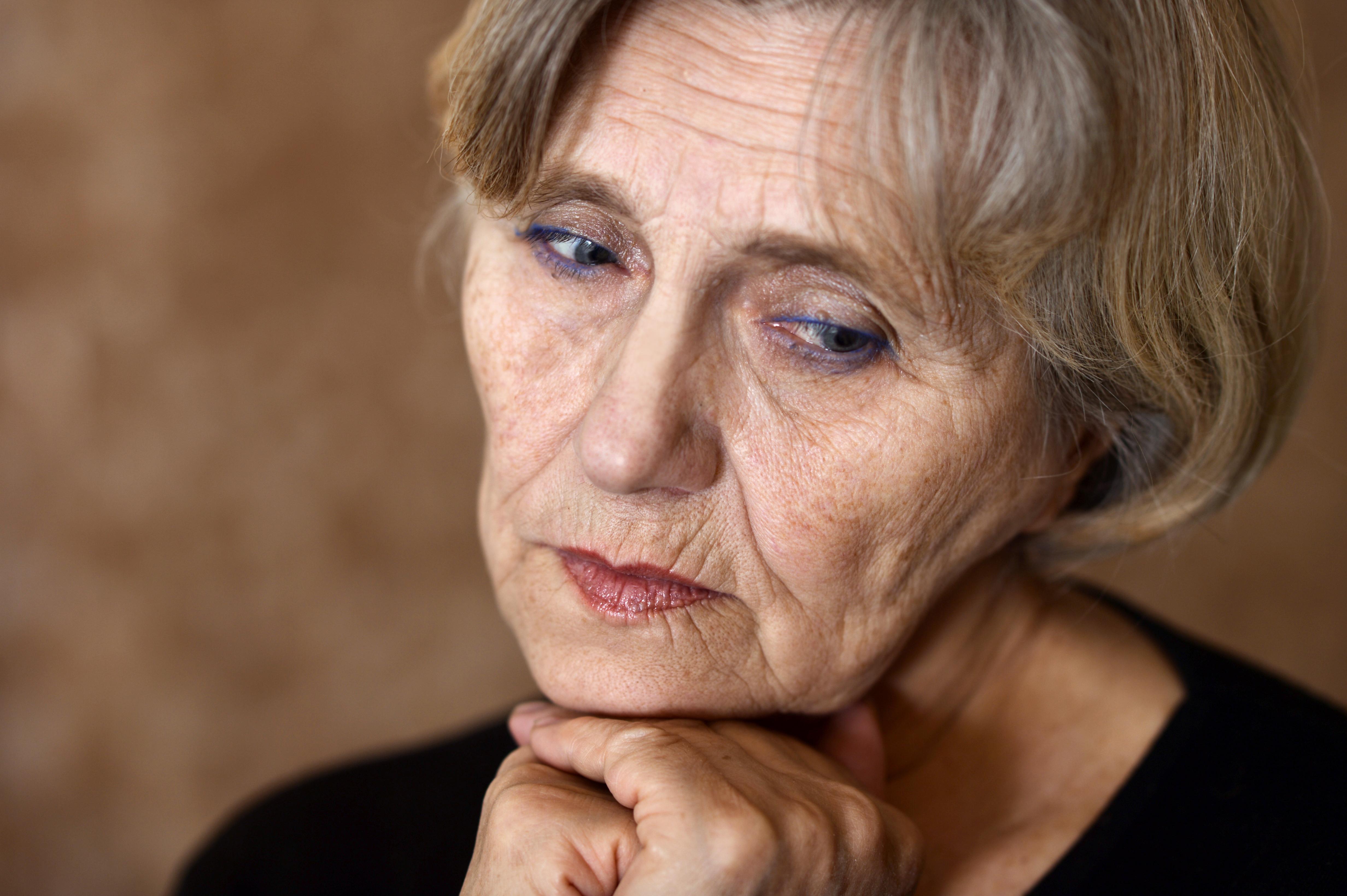 Inkontinens/överaktiv blåsa drabbar kvinnor dubbelt så ofta som män.