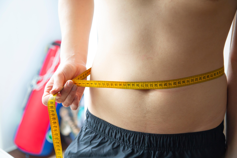 BMI är ett internationellt mått för att skatta övervikt och fetma. Att räkna ut sitt BMI kan vara användbart, men fungerar inte på alla.