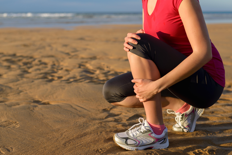 Benhinneinflammation är en förslitningsskada som ger smärta i smalbenets främre del.