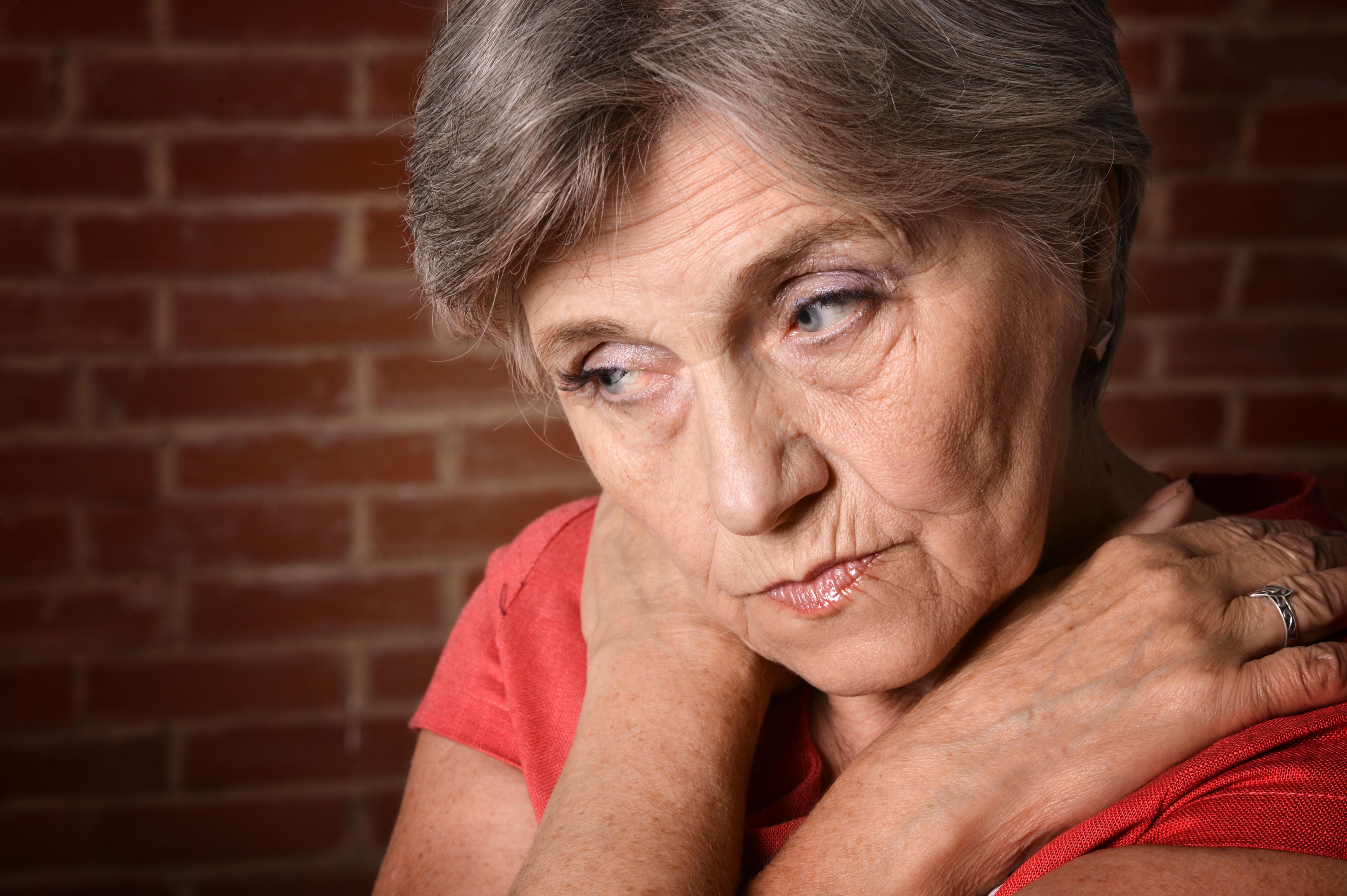Afasi uppkommer oftast efter en stroke och påverkar den del av hjärnan som styr språket.