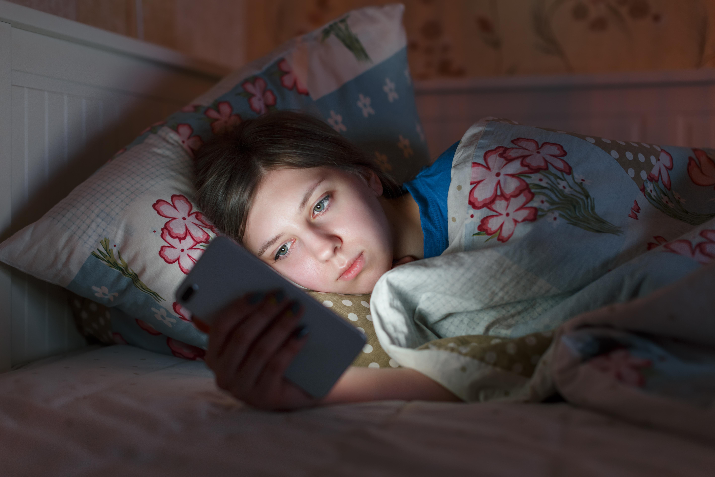 Återkommande sömnbrist skulle kunna leda till negativa effekter på hjärnhälsan.