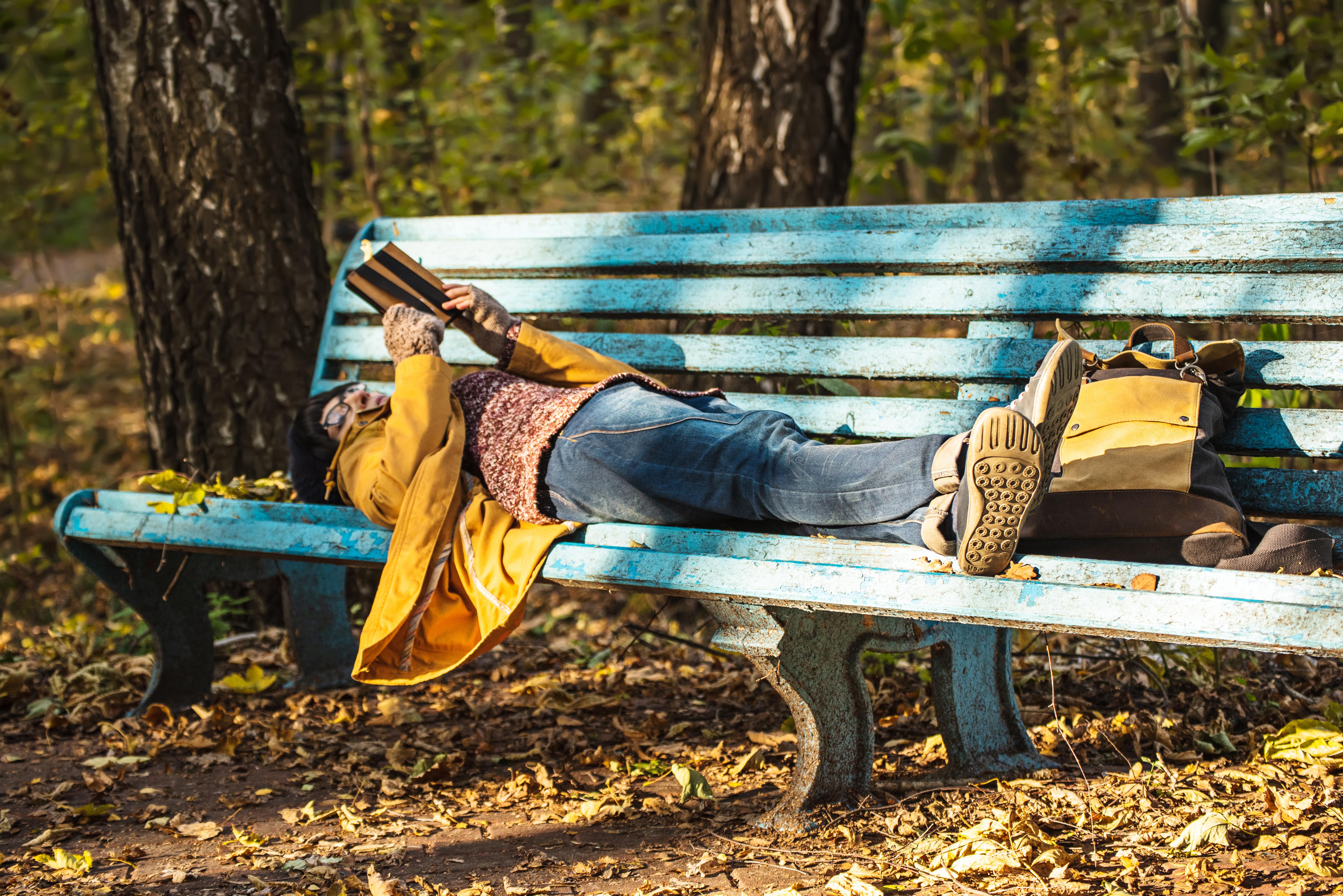 Läsning skulle kunna sakta ner åldrandet och öka överlevnaden.