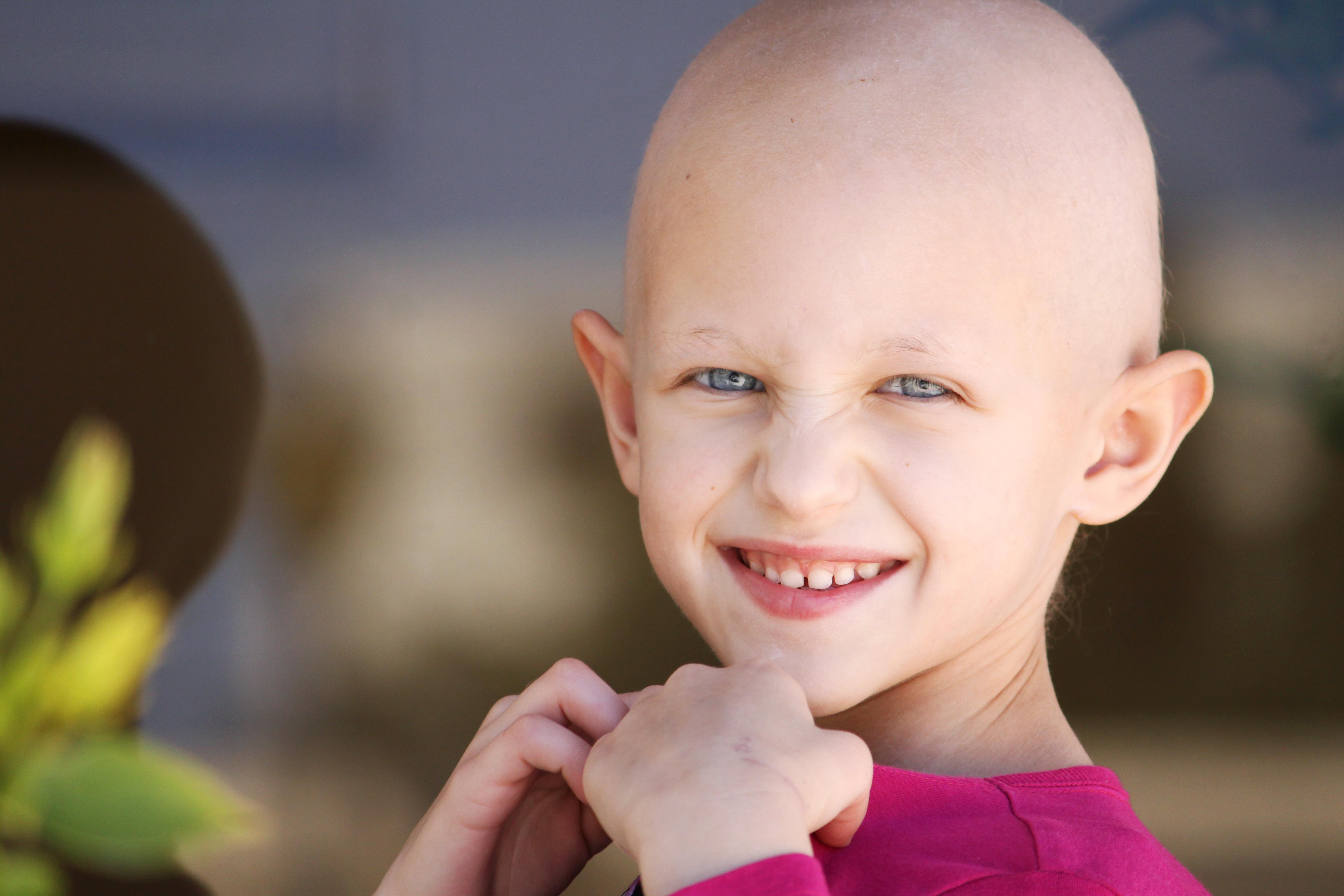 Även barn som drabbas av cancer behöver ett aktivt socialt liv och en fungerande vardag.