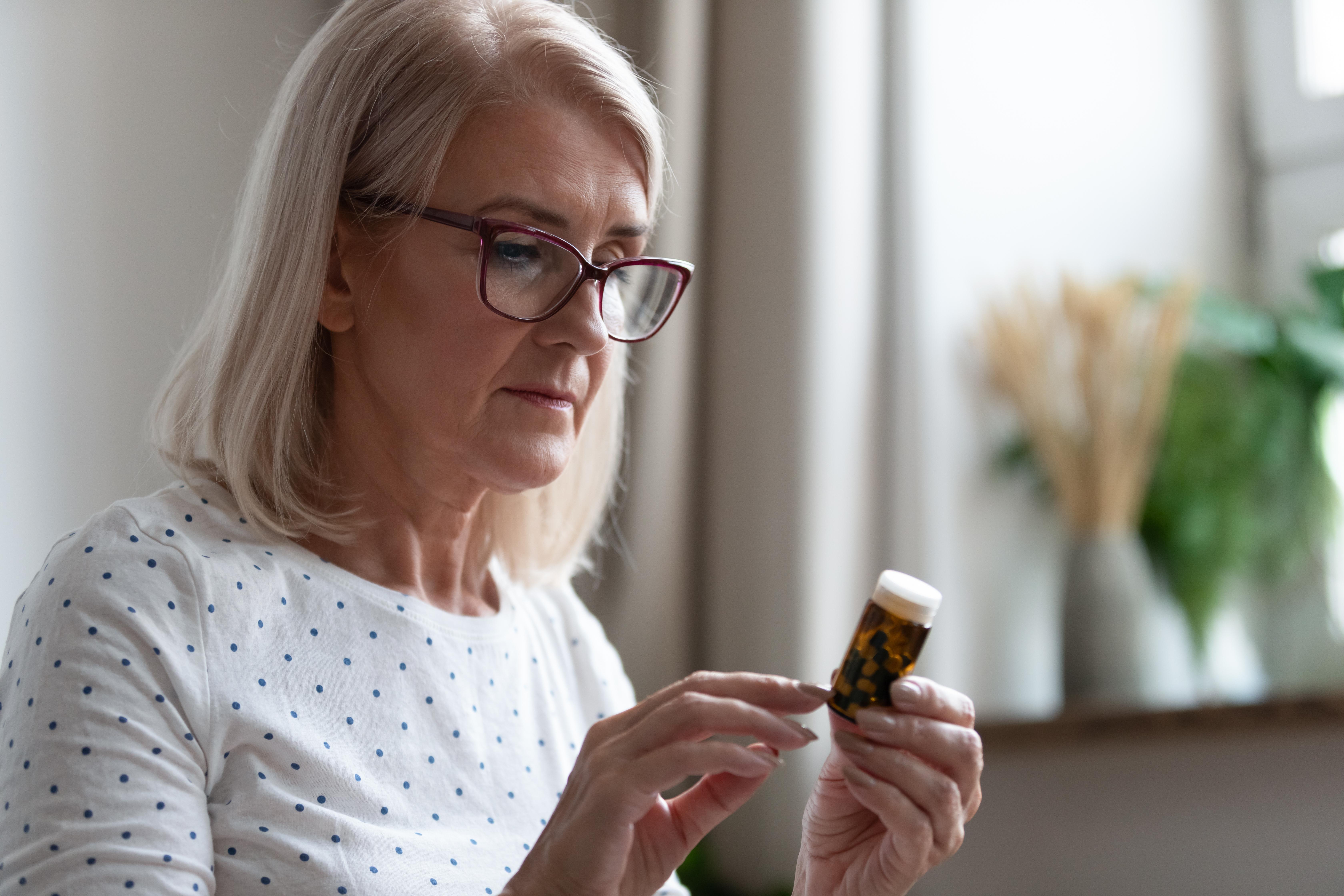 Om du har frågor kring dina läkemedel eller generiskt utbyte ska du i första hand prata med farmaceuten på ditt apotek eller din läkare.