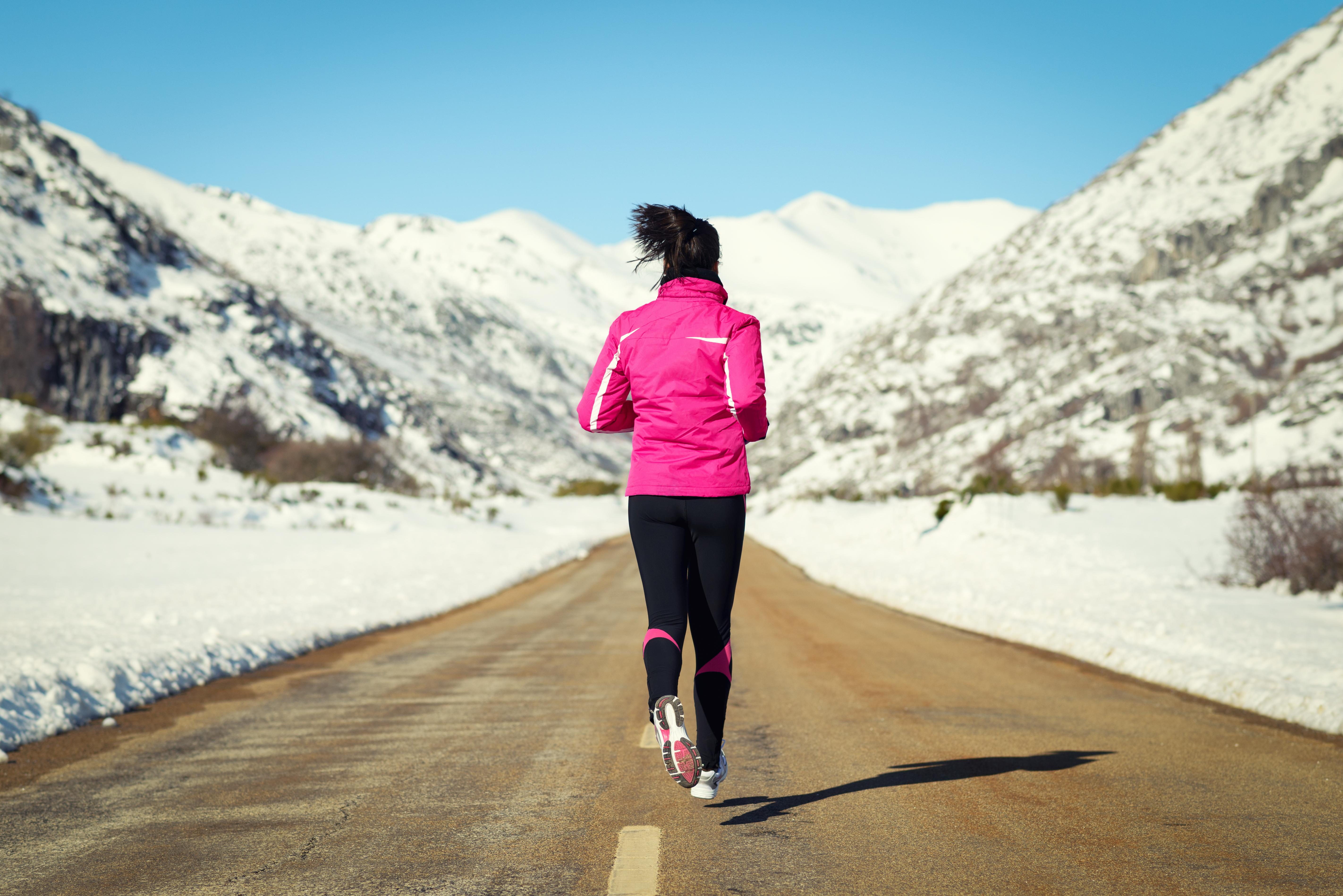 För att springa lagom mycket räcker det enligt forskarna med några få pass i veckan. Målet ska vara att bli andfådd, men inte för mycket.