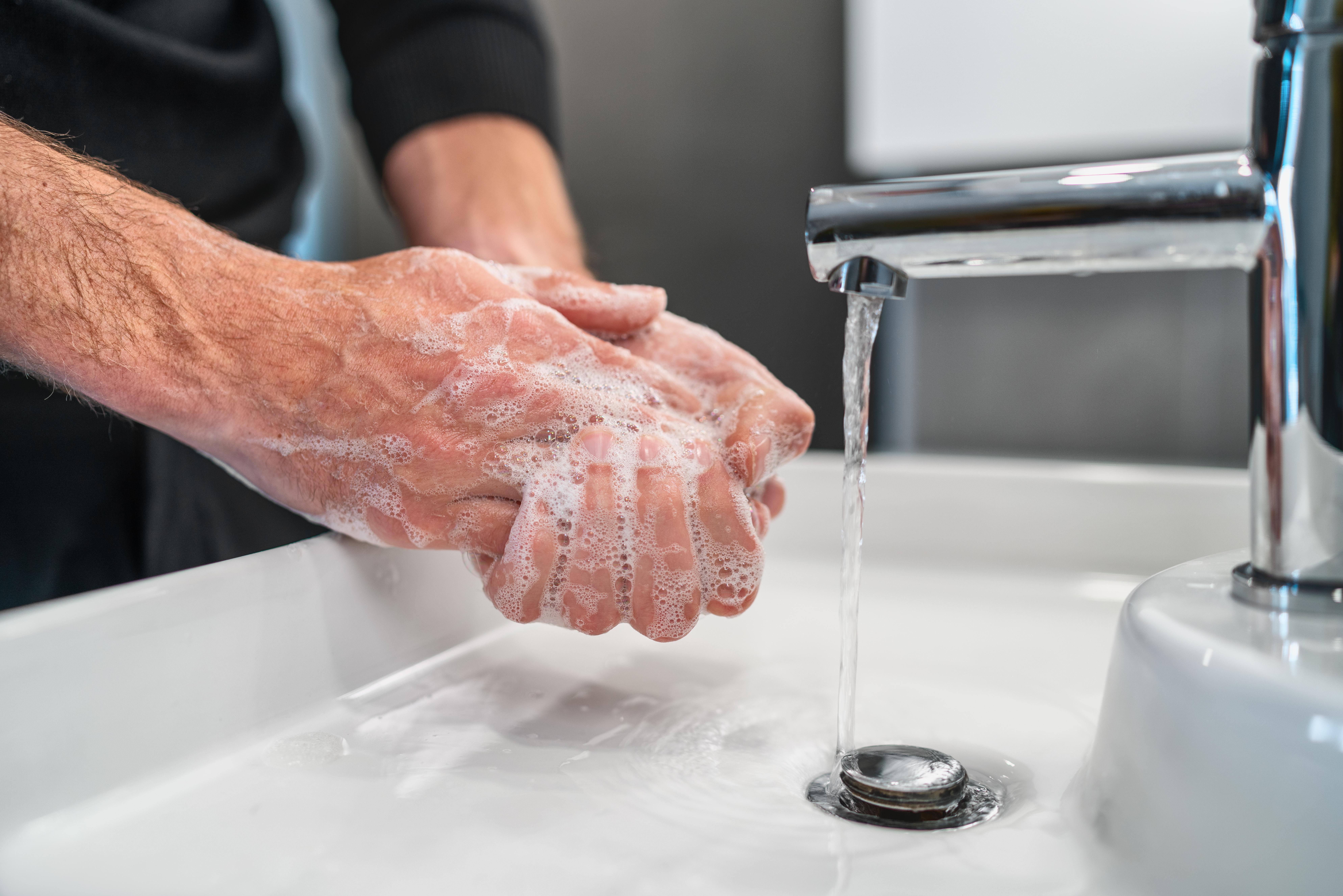 God handhygien är en av många förebyggande åtgärder som begränsar smittspridningen - att du följer råd och rekommendationer gör skillnad!