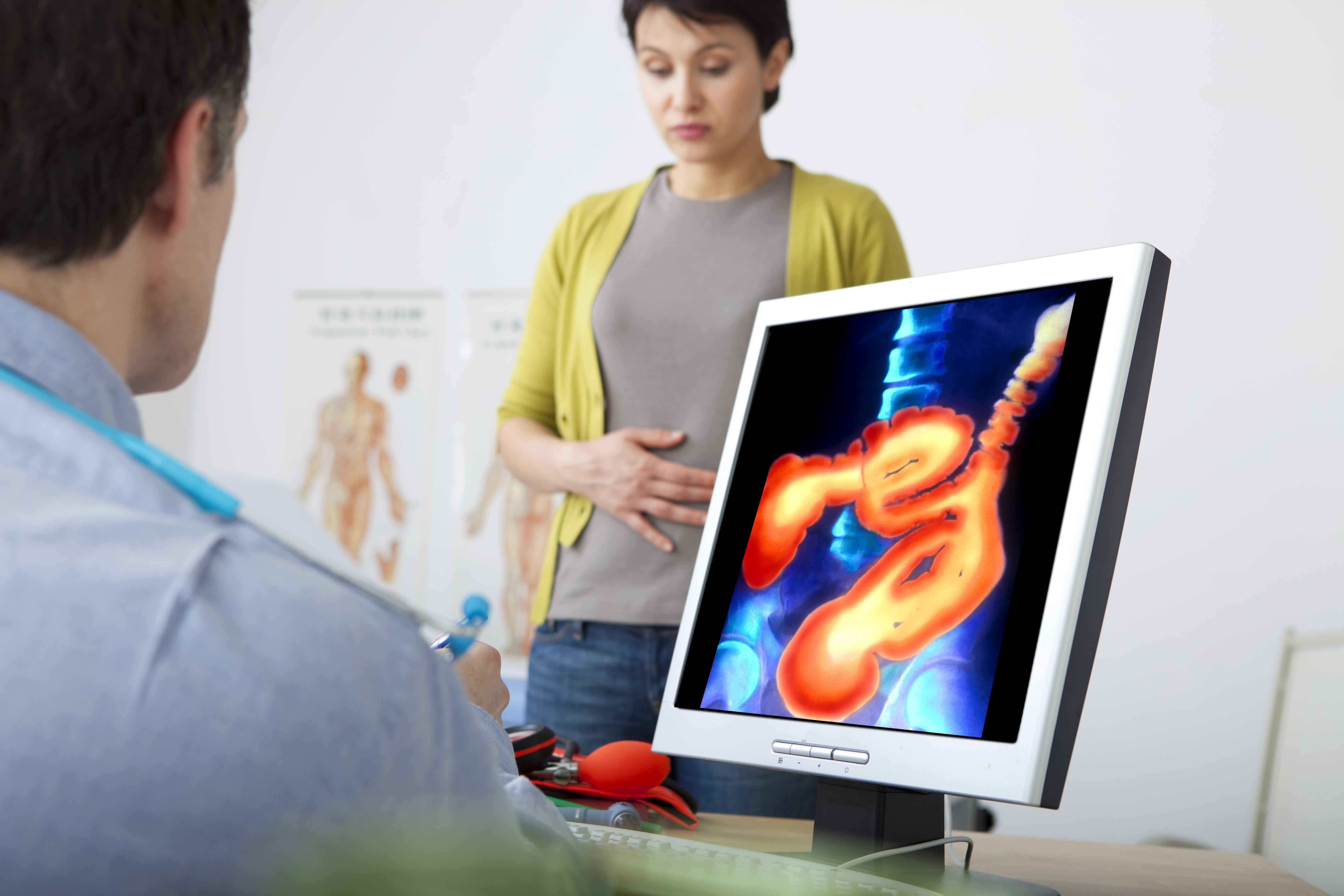 Det är viktigt att våga prata med sin läkare om sina magproblem för att kunna få rätt behandling.
