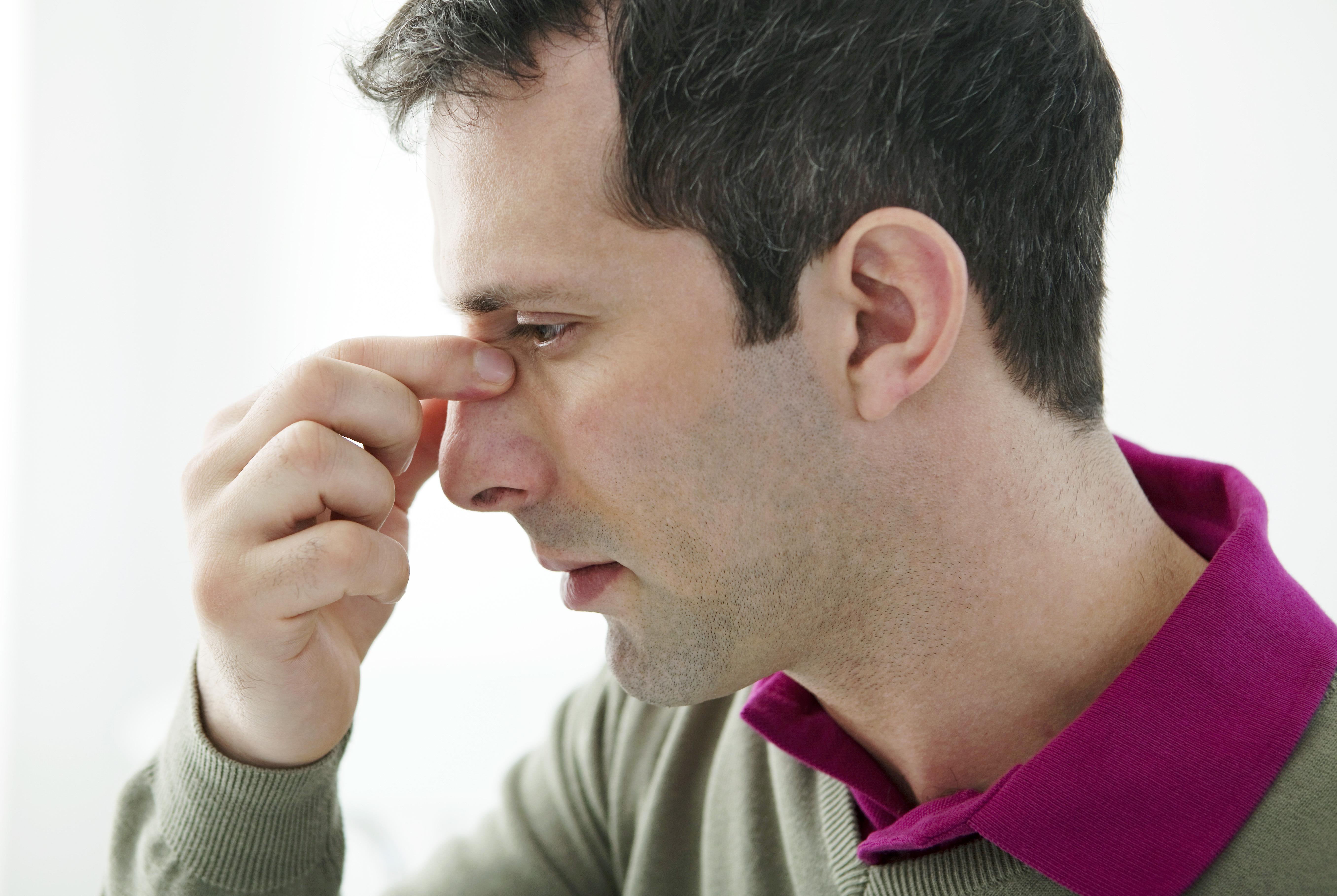 Det är viktigt är att avflödet från bihålorna till näsan inte blockeras.