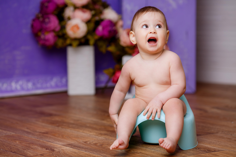Nya riktlinjer för barnavårdscentralerna föreslår att småbarnsföräldrar ska få information om blöjavvänjning vid tiomånaderskontrollen.