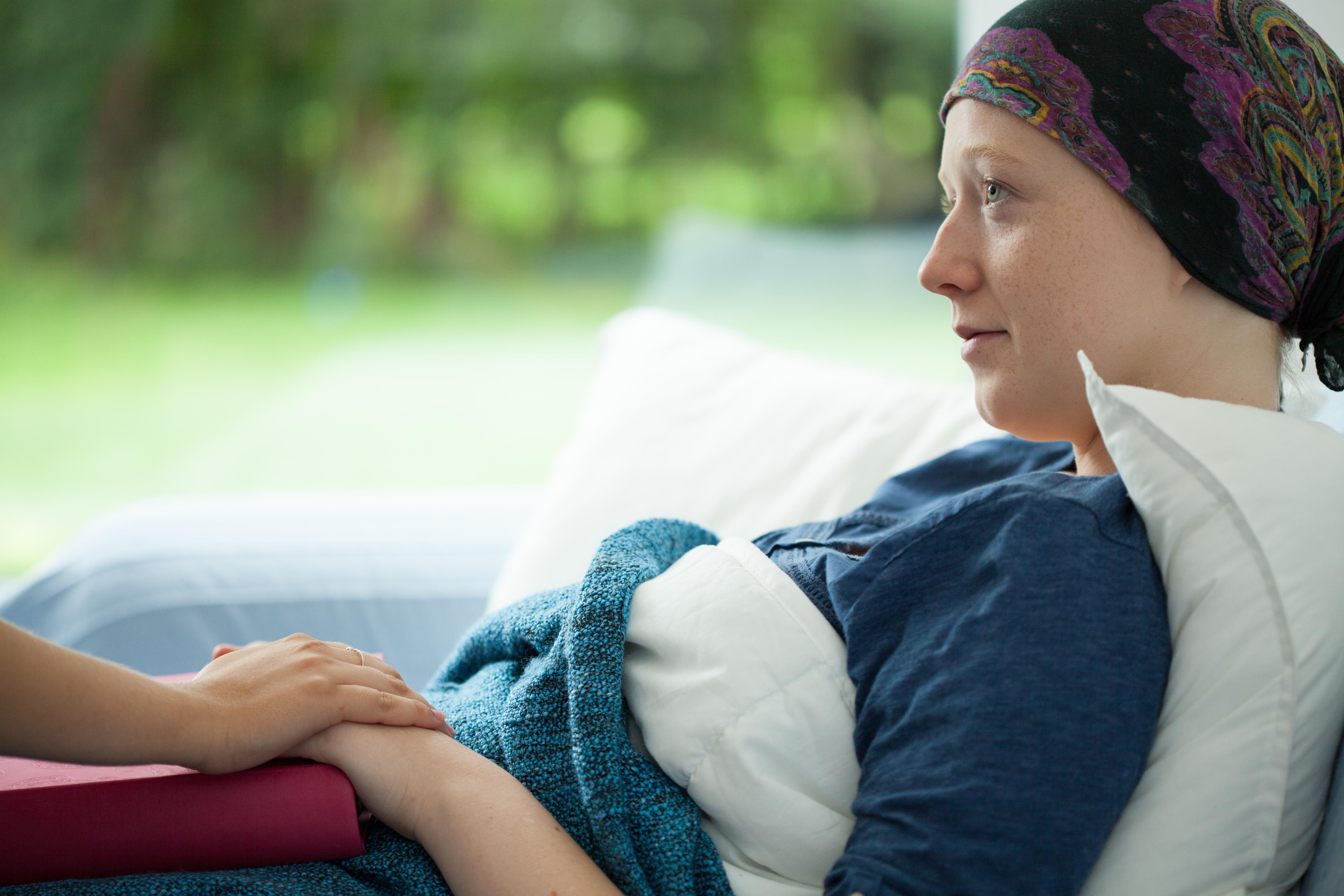 Ett CRP-test görs för att identifiera och hålla koll på infektioner och sjukdomar som orsakar inflammation, såsom cancer i lymfkörtlar (lymfom).