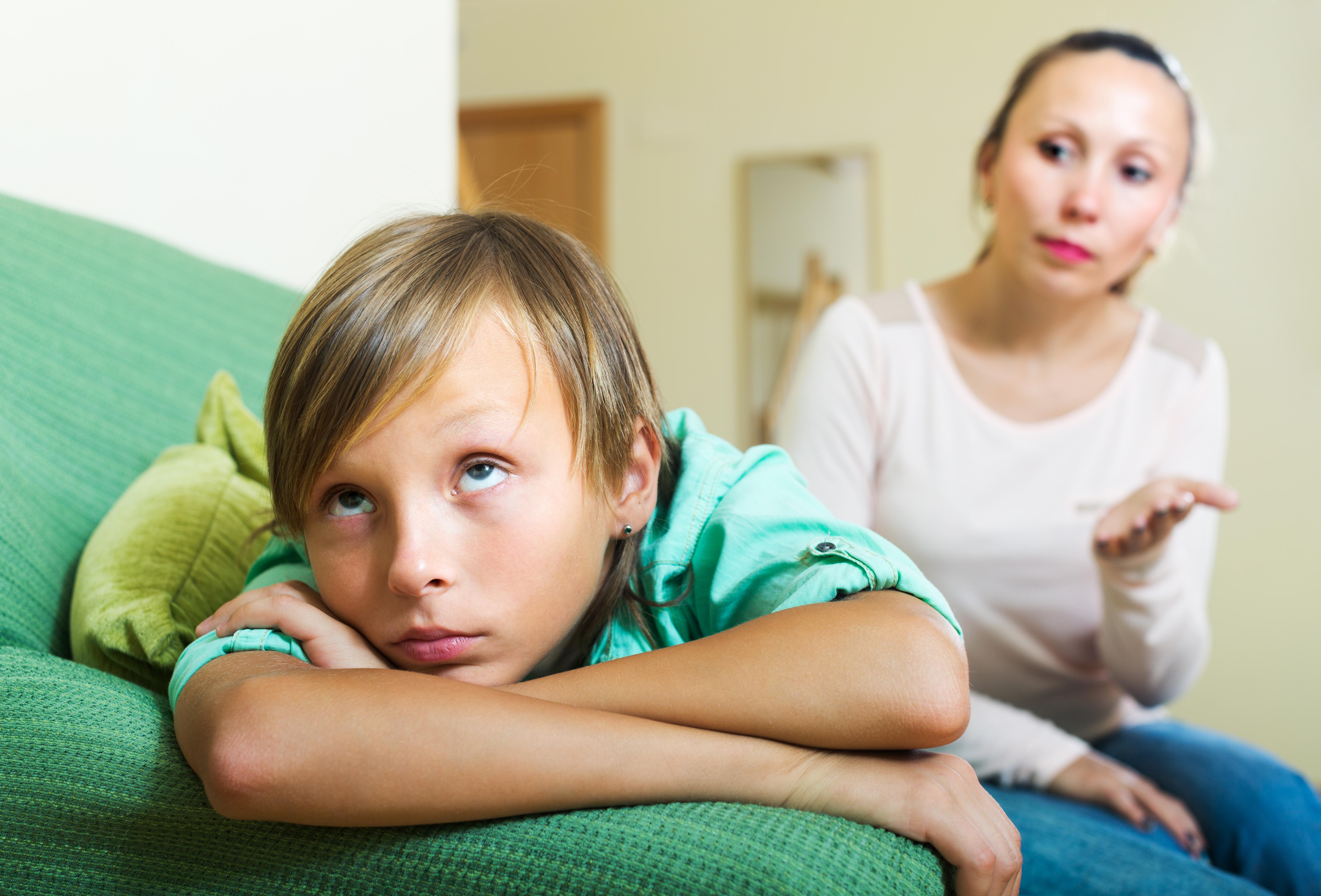 Pengar är inte den vanligaste frågan man bråkar om i hemmet visar en färsk undersökning.