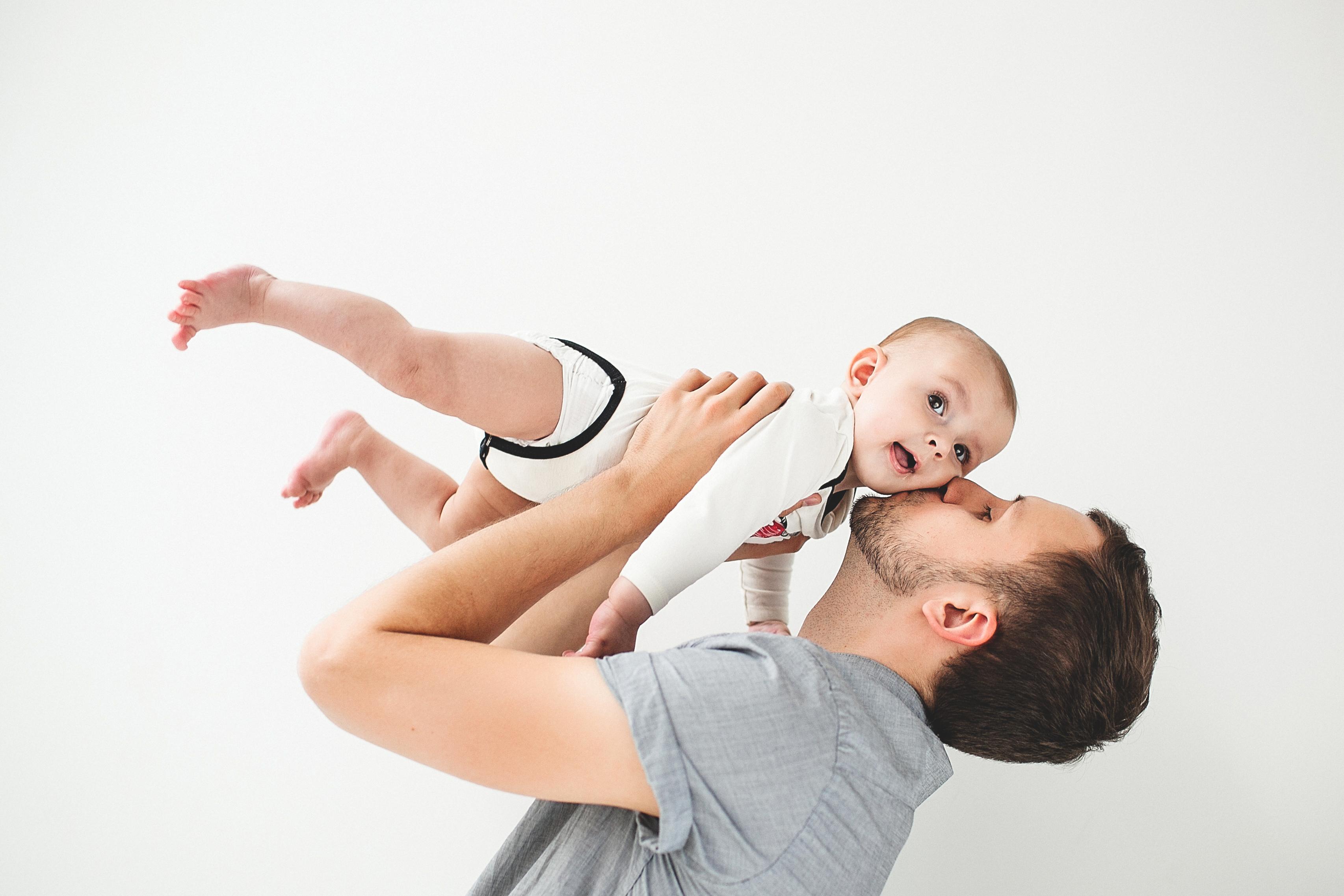 Varje år föds uppskattningsvis 4–5 barn med diagnosen XLH. Sjukdomen är ärftlig via något som man kallar X-kromosombunden dominant nedärvning.
