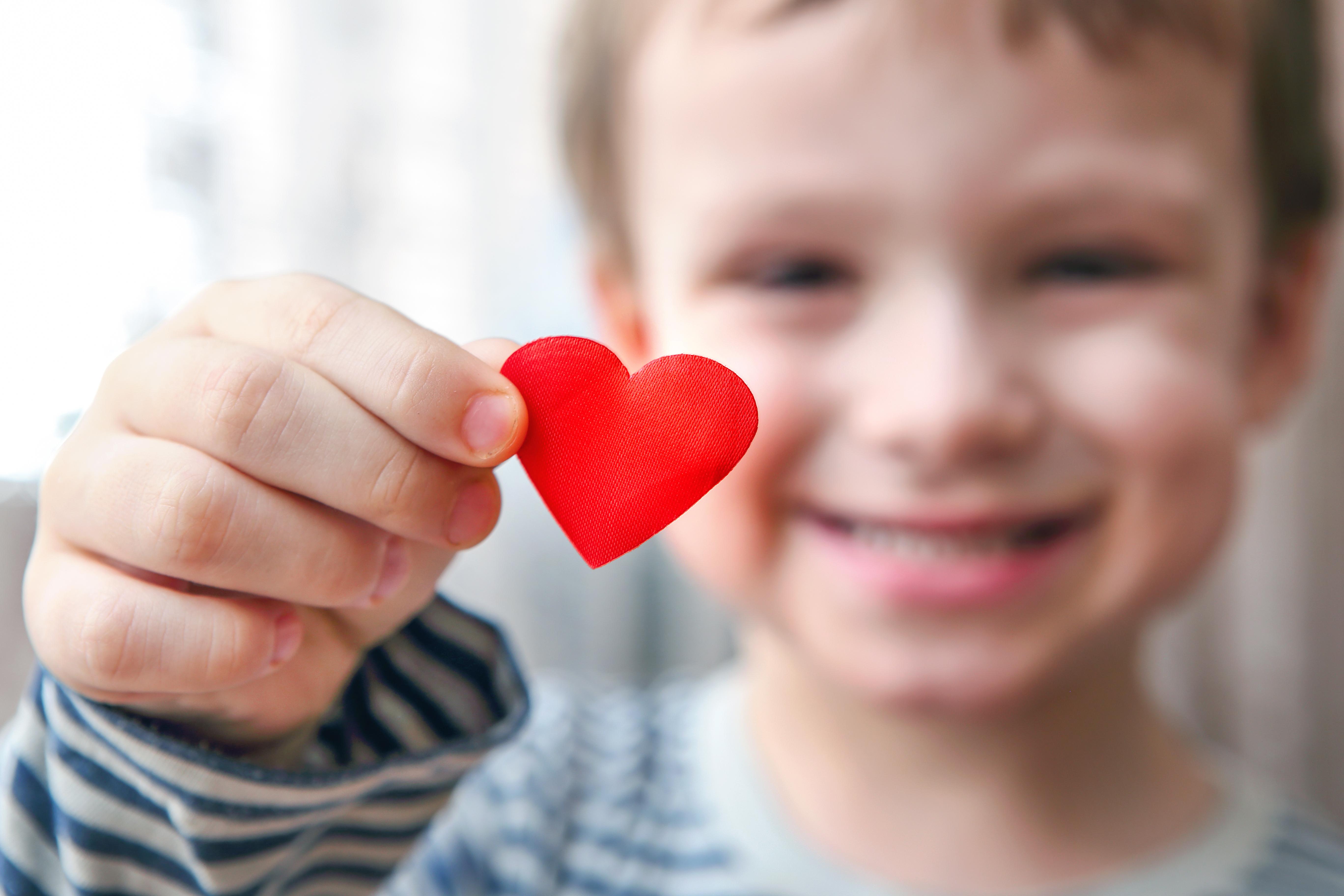 De senaste 50 åren har överlevnaden bland barn med medfödda hjärtfel stigit från 60 procent till 95 procent, tack vare framgångsrik forskning.