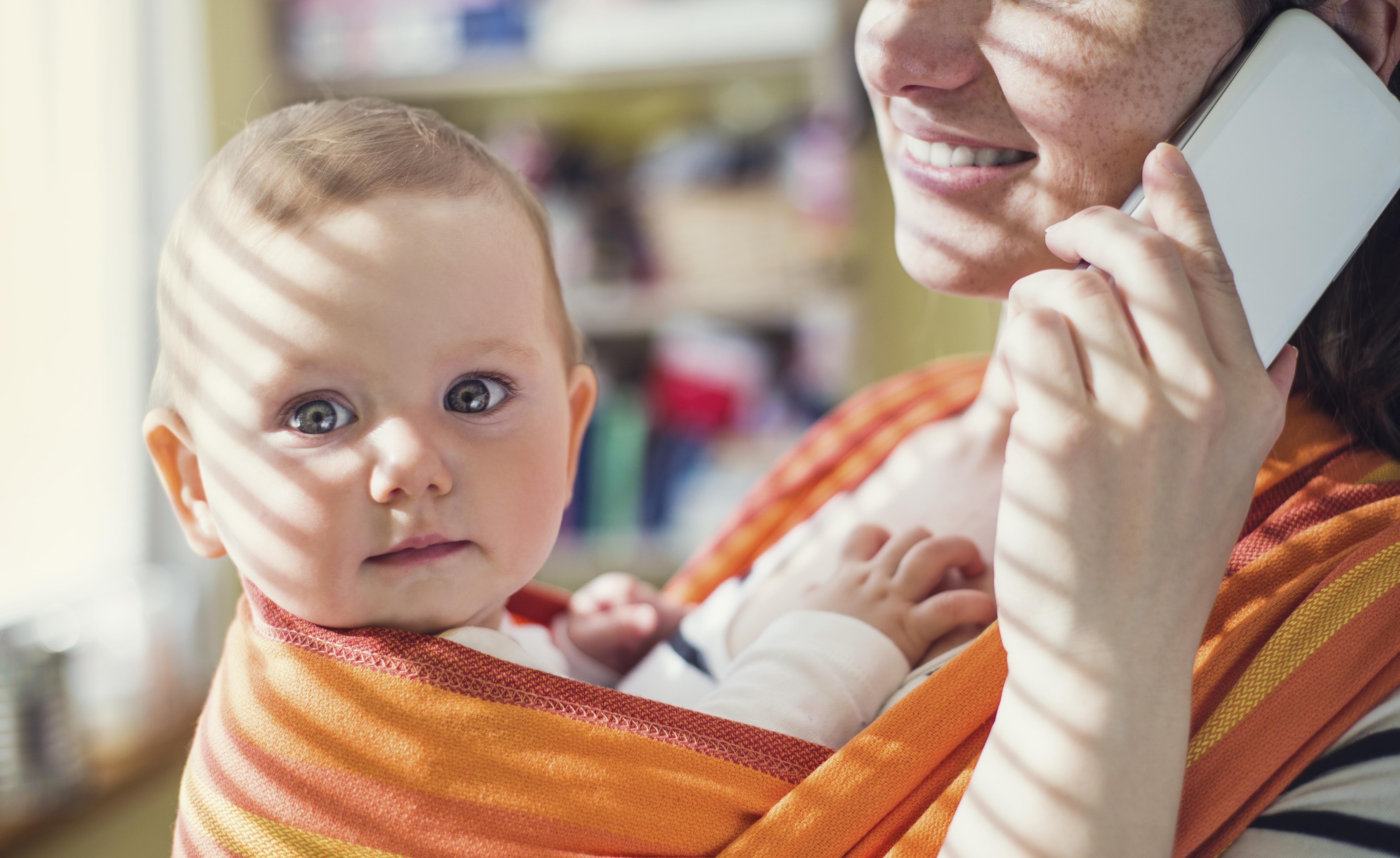 Man har sett att små barn som misslyckas med att påkalla uppmärksamhet lättare ger upp kontaktsökandet.