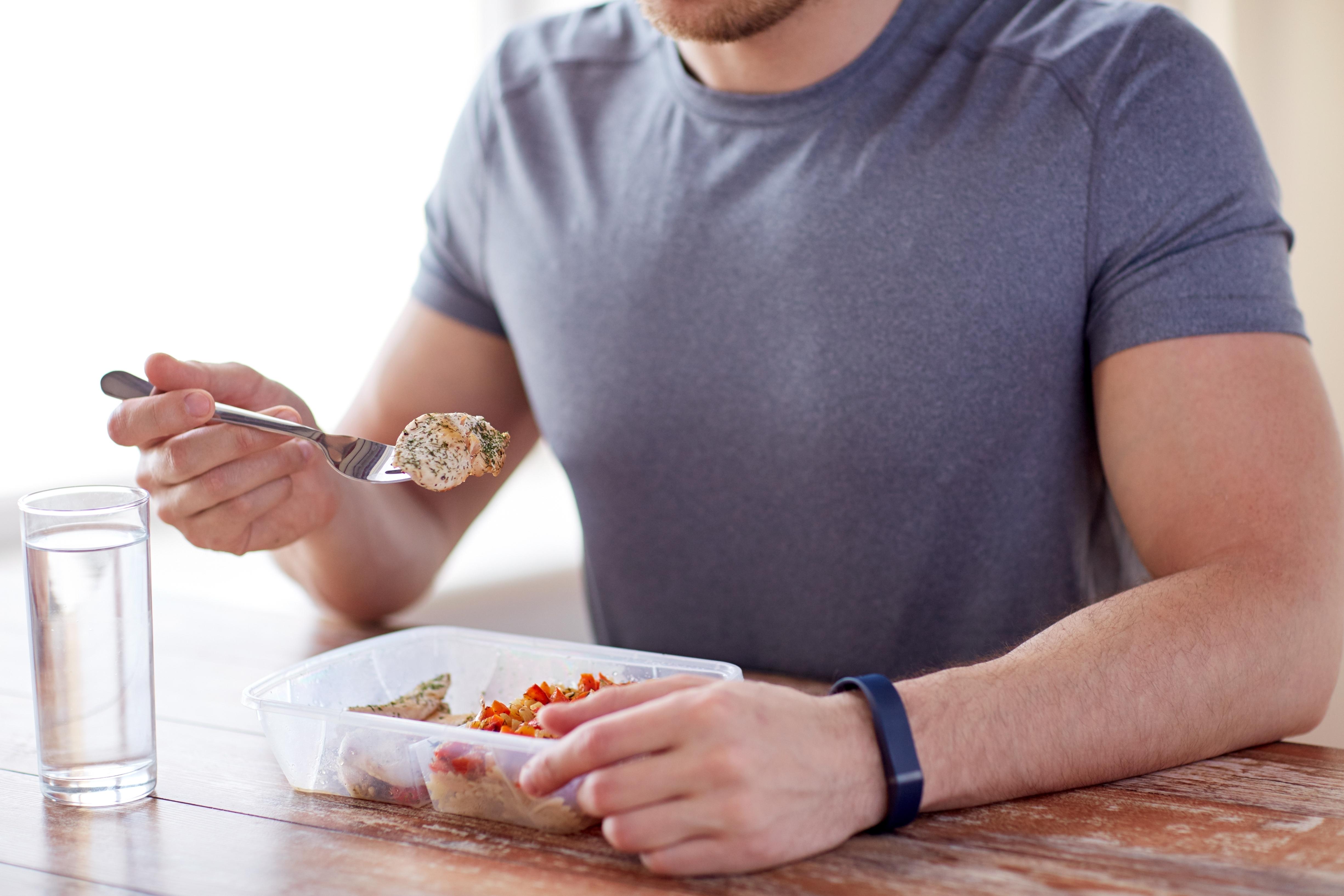 Magnesium kan inte produceras i kroppen utan måste intas i maten. I rätt mängd spelar magnesium en roll för att förhindra bland annat stroke.