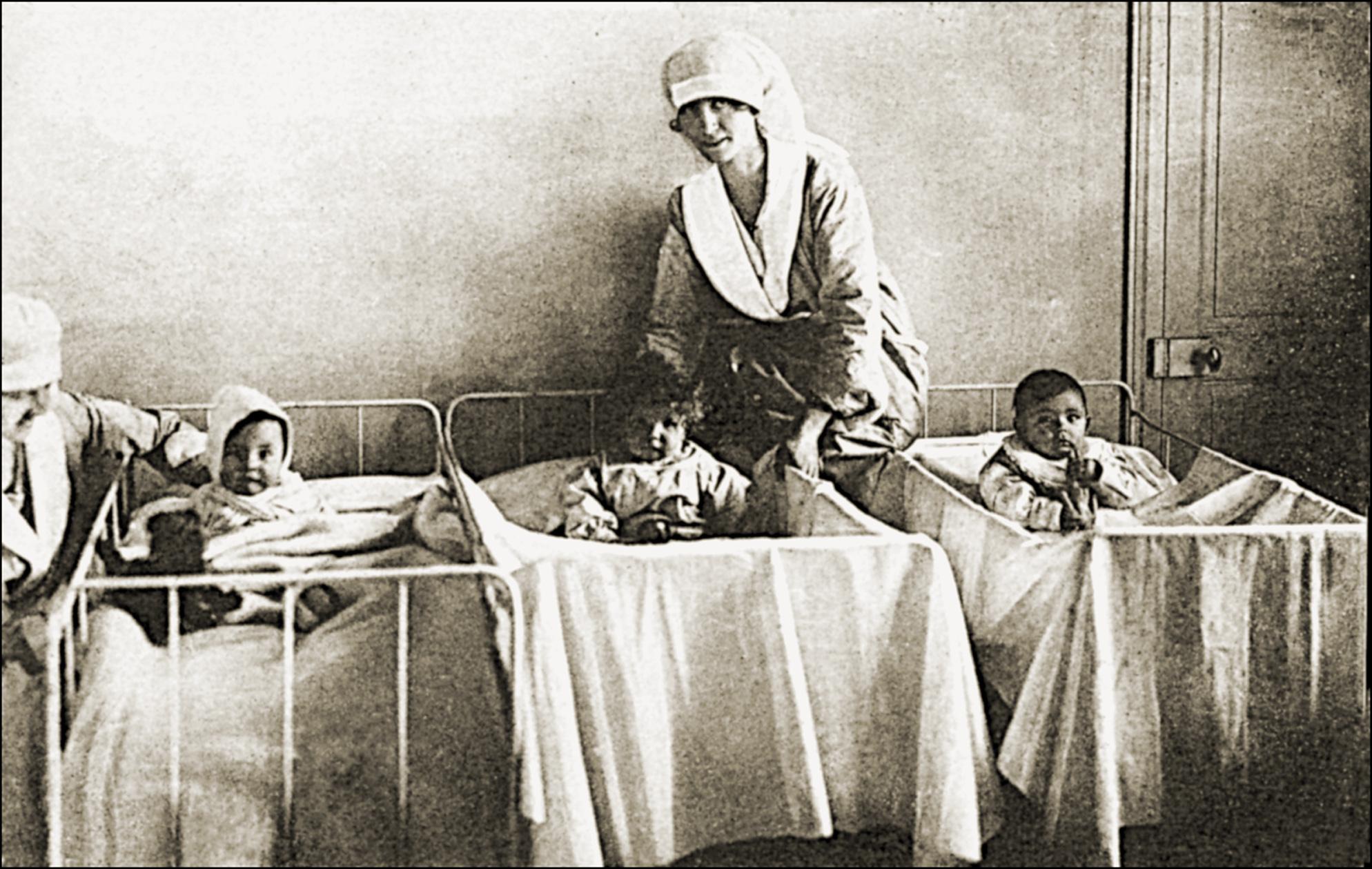 Barnsängsfeber (febris puerperalis på latin) är en svår febersjukdom som kan drabba nyförlösta kvinnor.