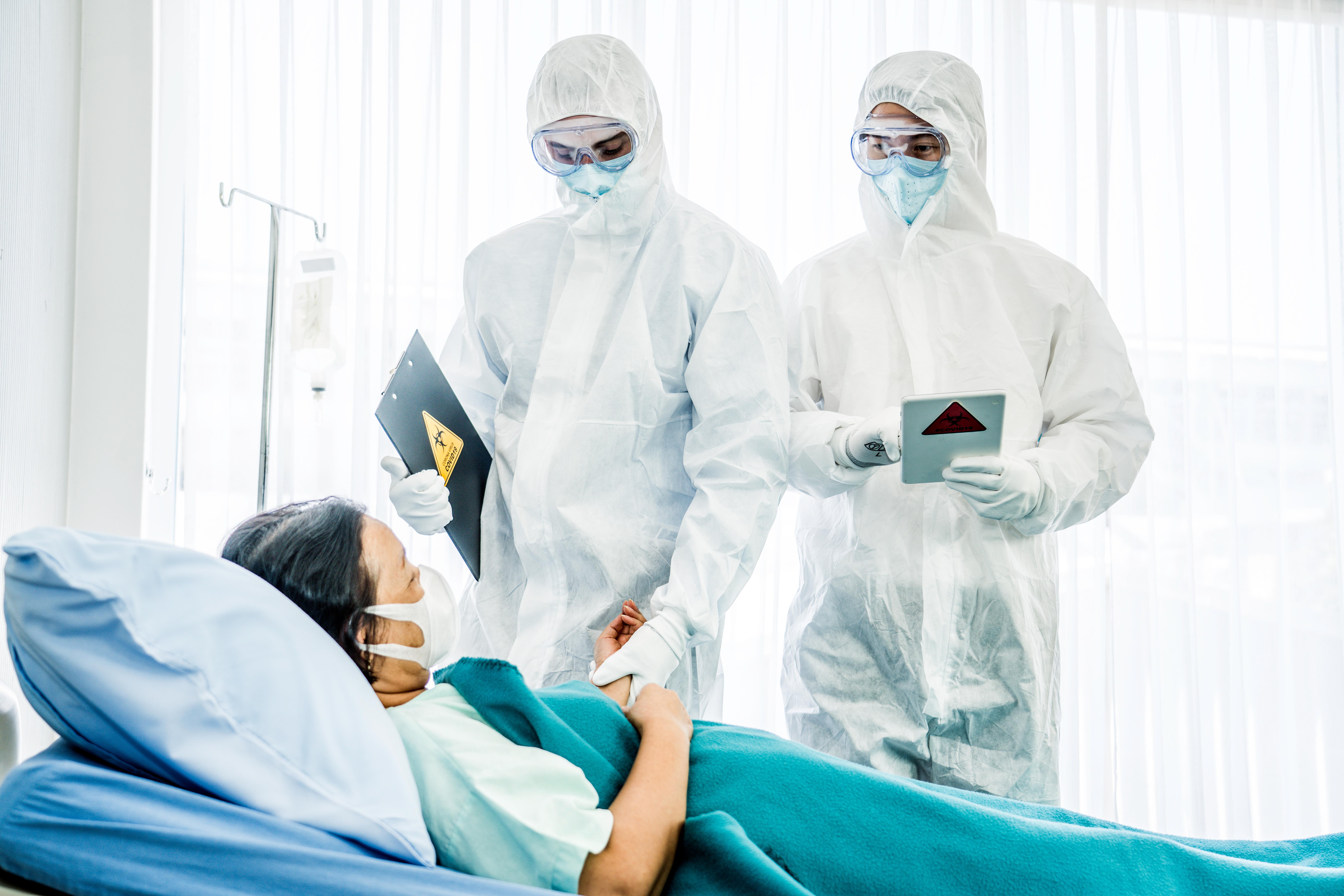 En viktig åtgärd för att förebygga smittspridning är god handhygien och att tidigt sätta in effektiva vårdåtgärder för att begränsa smittspridningen.