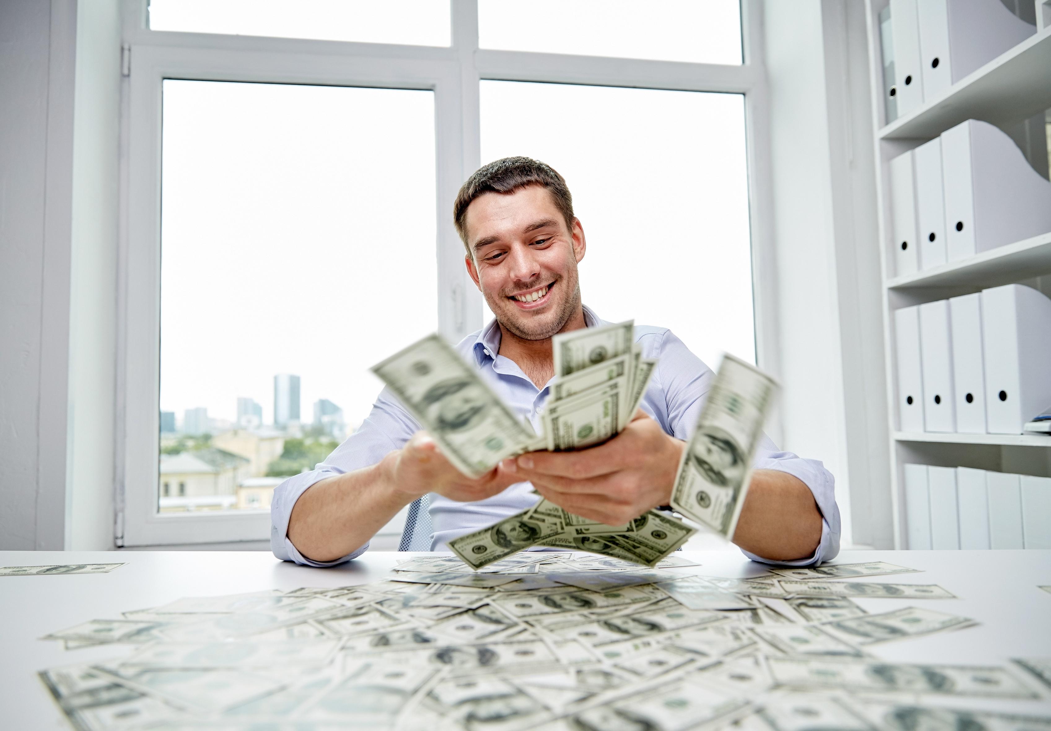 Att vara rik visade sig ha flera fördelar för hälsan enligt studien.