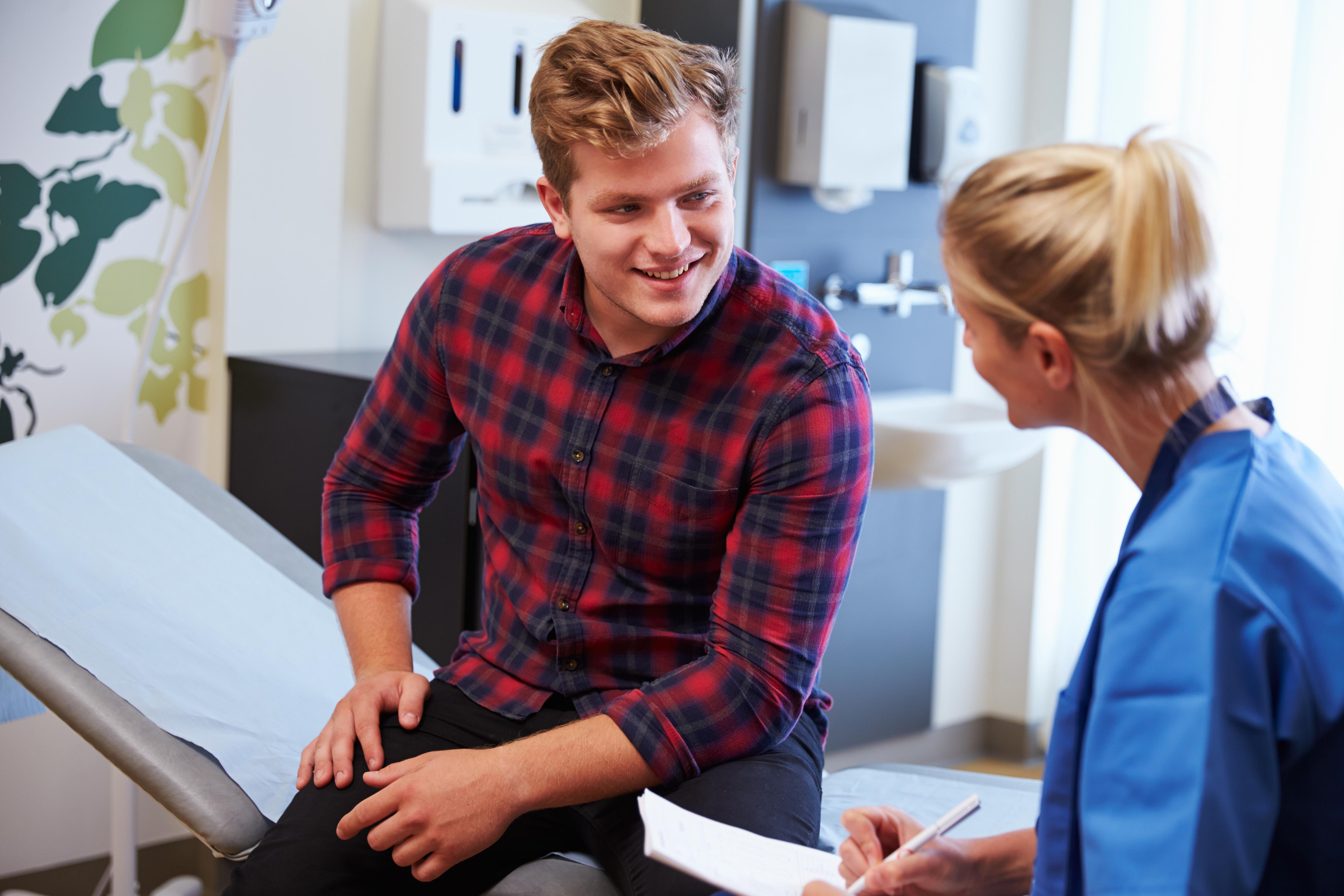 En privat sjukvårdsförsäkring är ofta ganska omfattande och innebär allt från sjukvårdsrådgivning till vårdplanering och specialistvård.