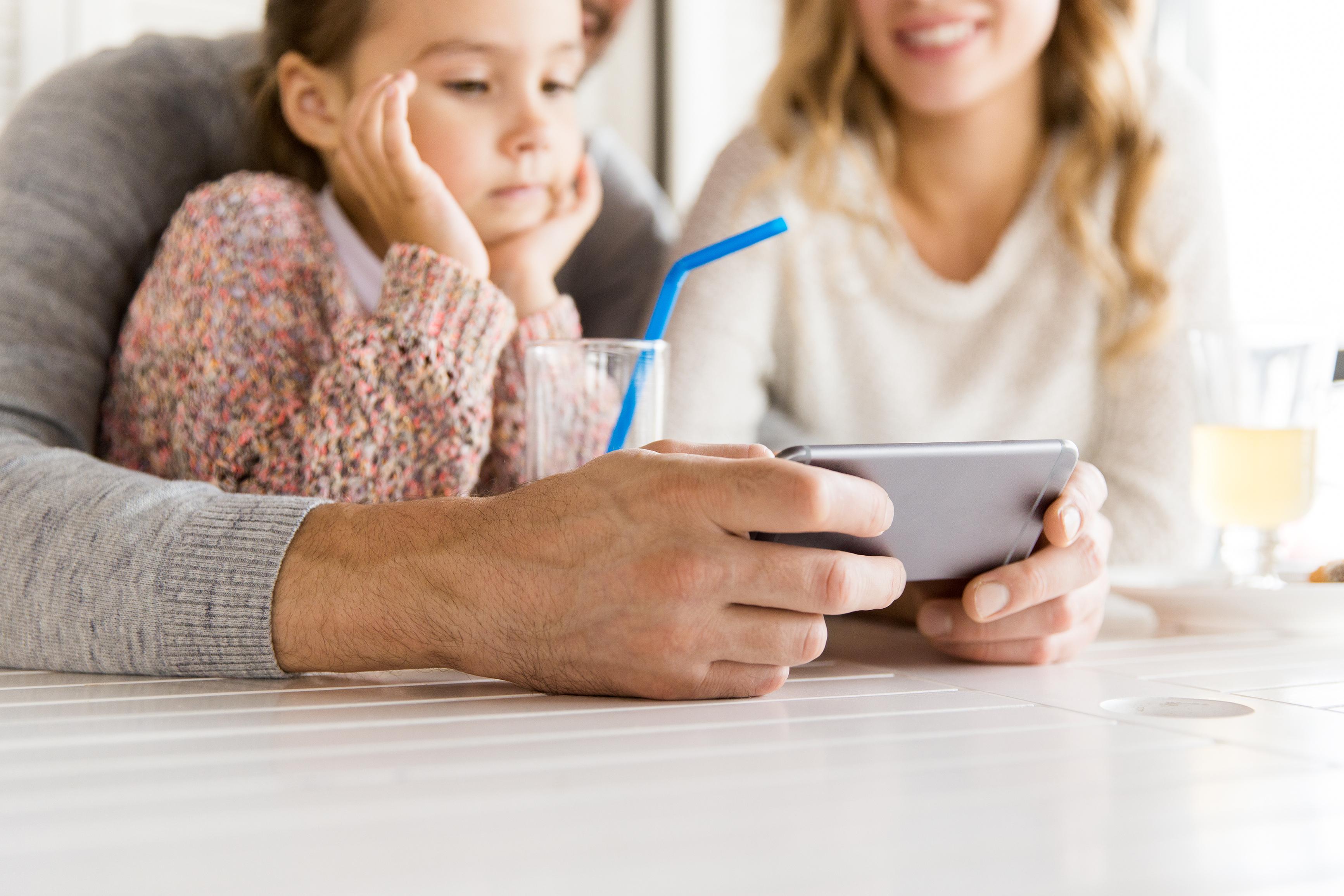 Den nya BarncancerAppen gör att alla närstående kan ta del av viktig – och alltid uppdaterad – information på ett snabbt och smidigt sätt.