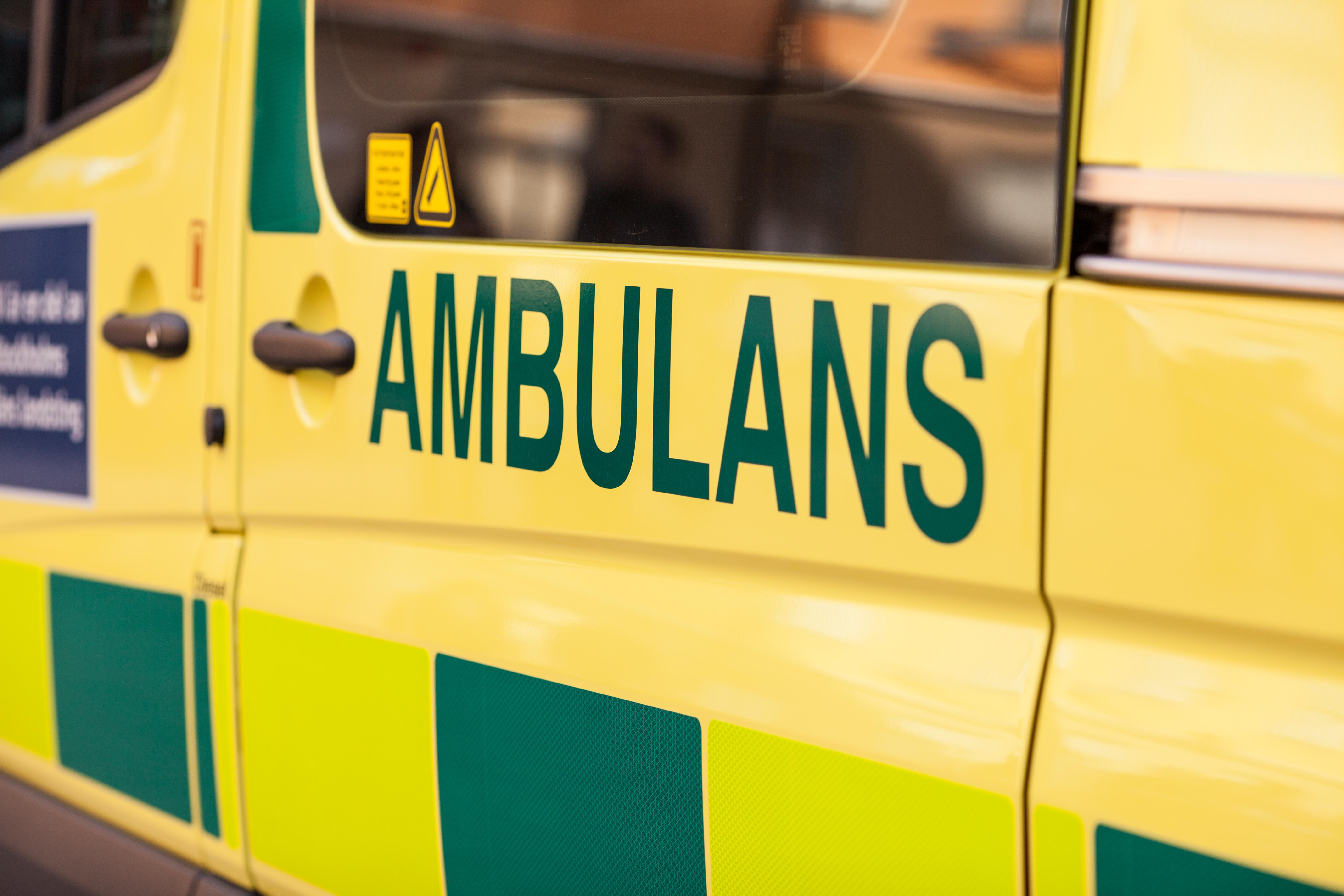 Armbandet ska hjälpa ambulanspersonalen att snabbare få viktig bakgrundsinformation om patienten vilket kan komma att rädda liv.