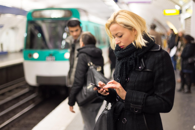 """Appen """"Tågprator"""" är utvecklad för personer med synnedsättning och ger anpassad och uppläst trafikinformation för resenärer som ska resa med tåg."""