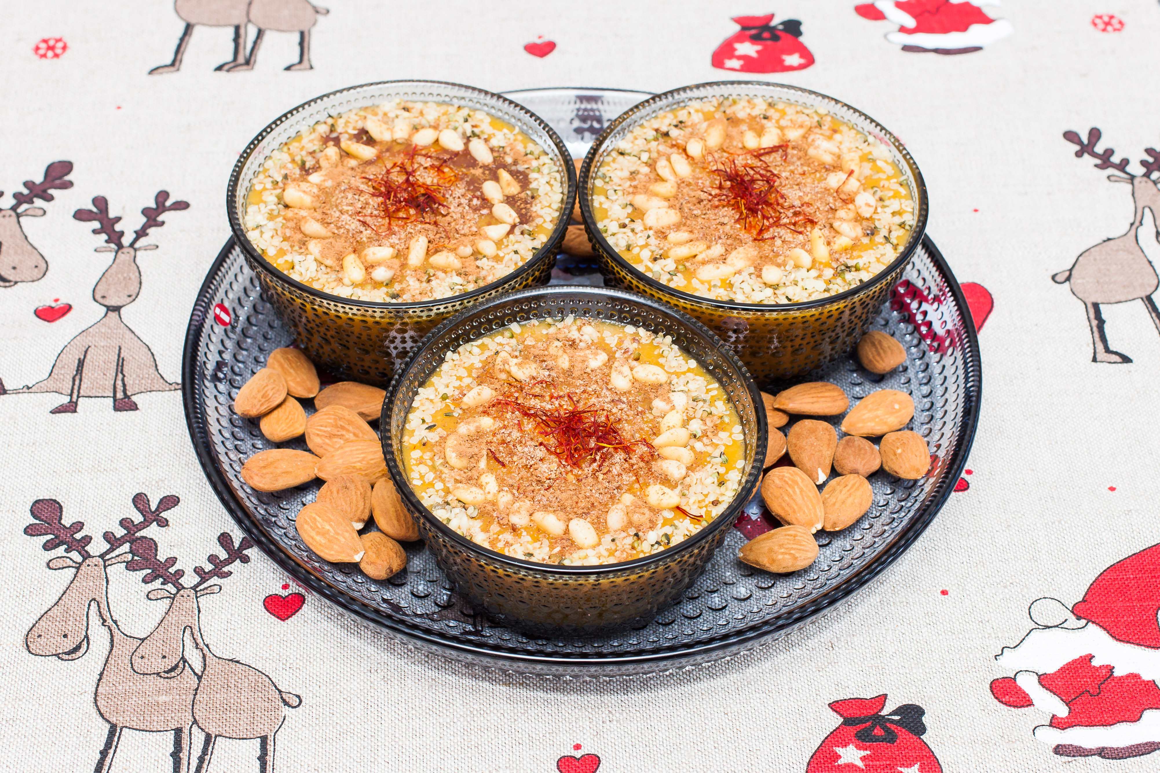 Adventssmoothie med saffran och mango