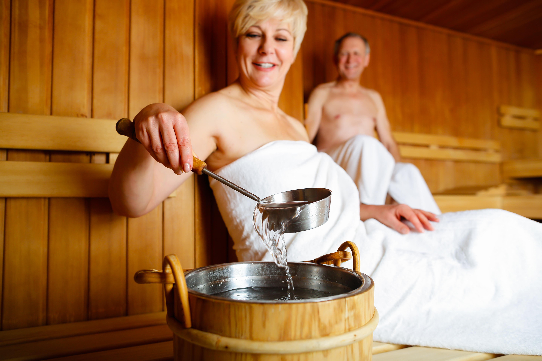Den typ av bastubad som har undersökts i studien är klassisk finsk sauna, med hög luftfuktighet och en temperatur på mellan 70 och 80 grader.